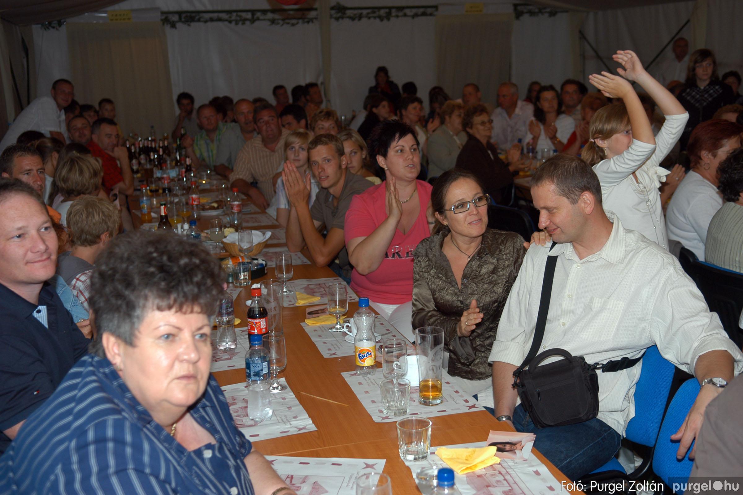 2008.08.09. 056 Szerb napok a Castellum Étteremben - Fotó:PURGEL ZOLTÁN© DSC_0395q.jpg