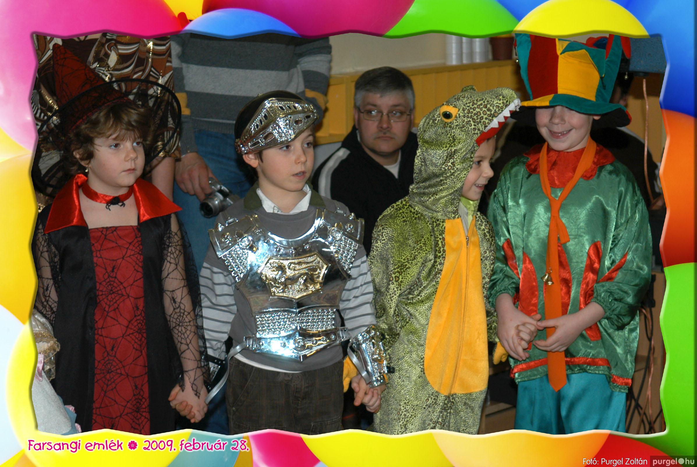 2009.02.28. 104 Kurca-parti Óvoda farsang 2009. - Eszterlánc csoport - Fotó:PURGEL ZOLTÁN© 135.jpg