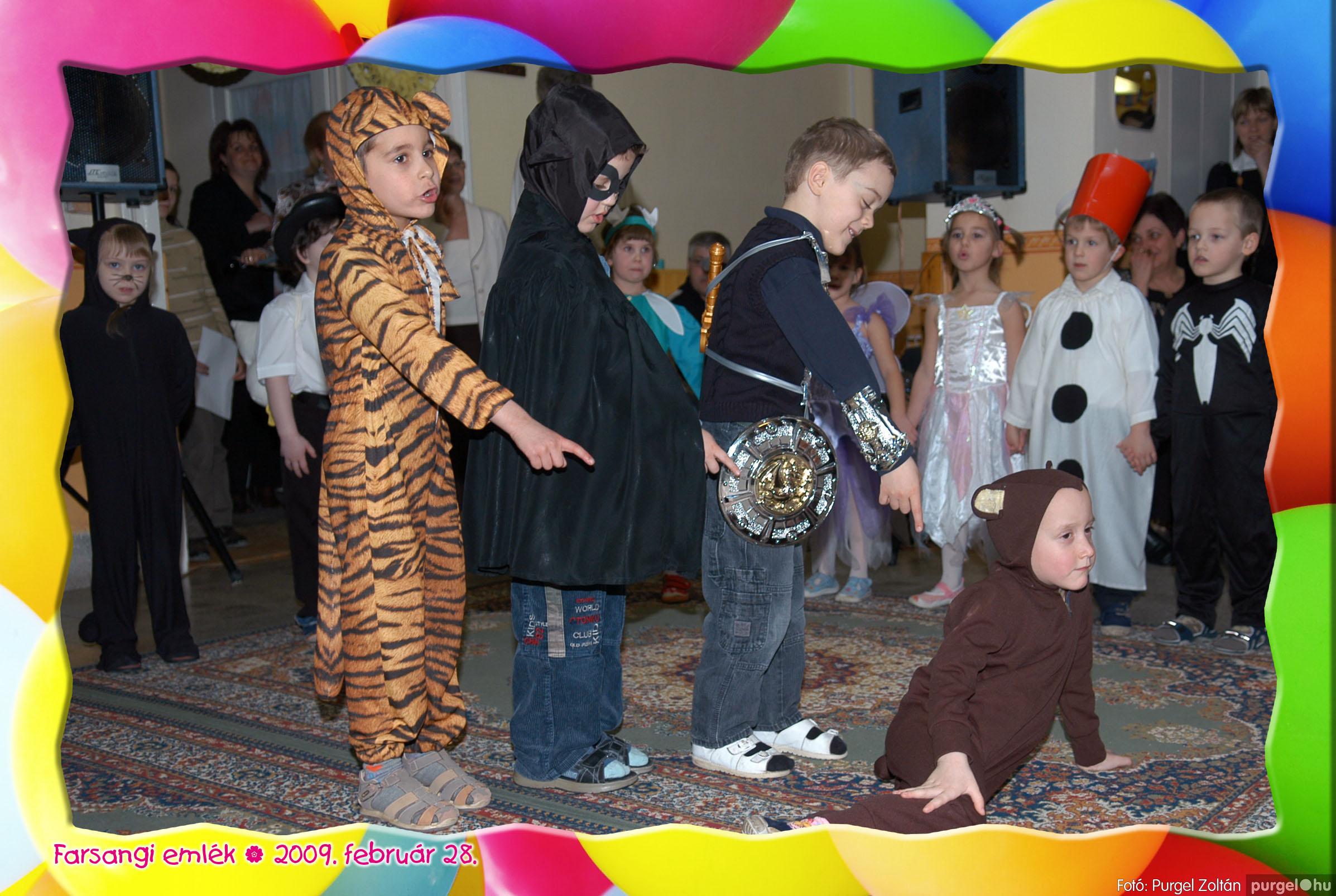 2009.02.28. 133 Kurca-parti Óvoda farsang 2009. - Napsugár csoport - Fotó:PURGEL ZOLTÁN© 416.jpg