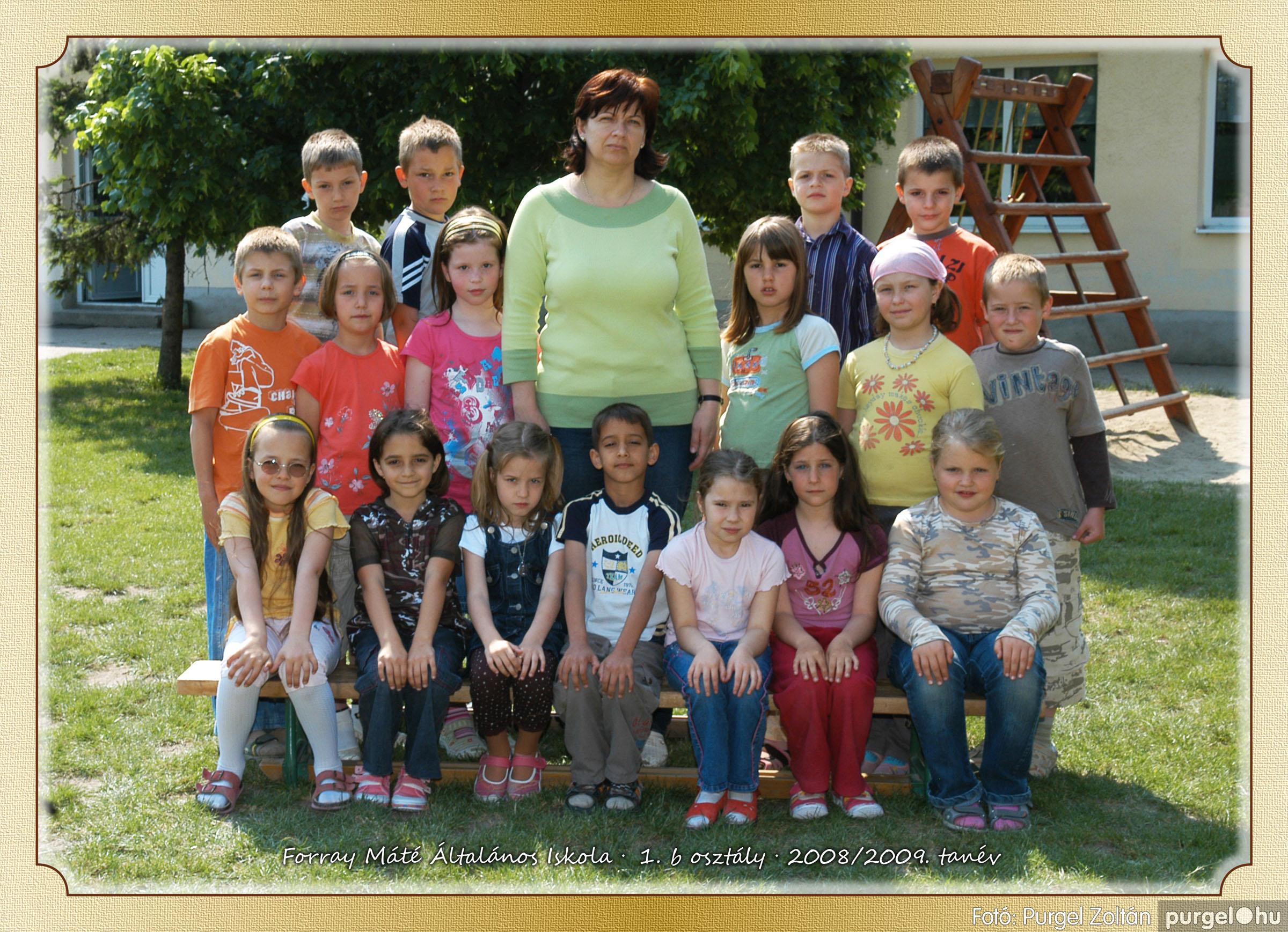 2009.05.04-26. 004 Forray Máté Általános Iskola osztályképek 2009. - Fotó:PURGEL ZOLTÁN© 1b-1.jpg