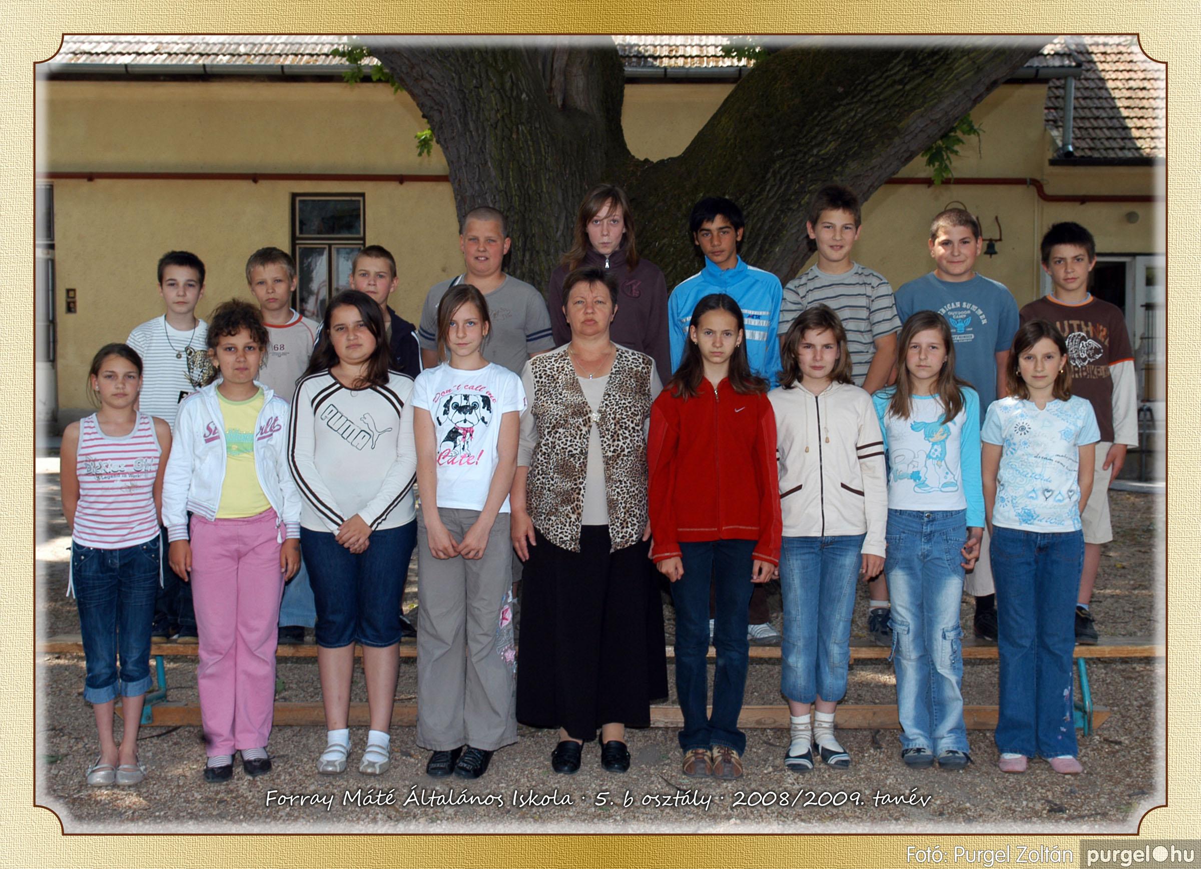 2009.05.04-26. 028 Forray Máté Általános Iskola osztályképek 2009. - Fotó:PURGEL ZOLTÁN© 5b-1.jpg
