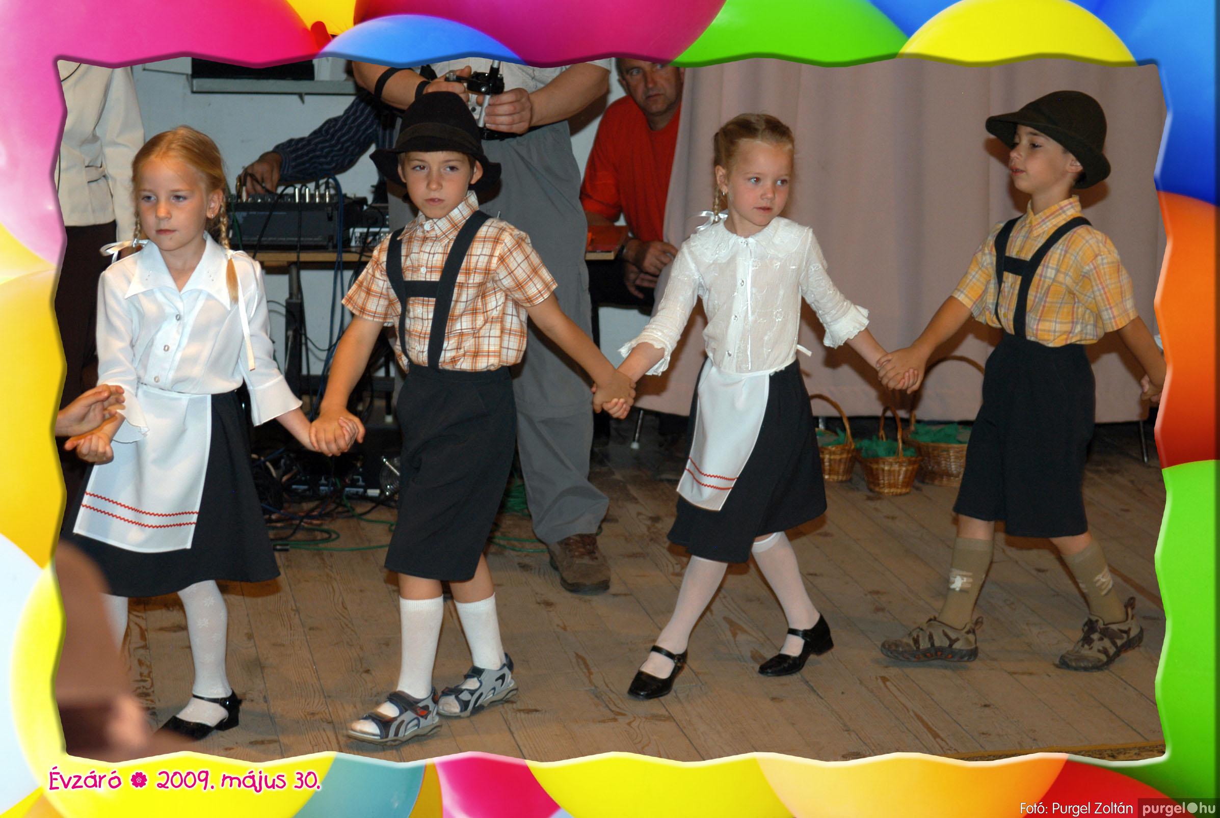 2009.05.30. 094 Kurca-parti Óvoda évzáró 2009. - Eszterlánc csoport - Fotó:PURGEL ZOLTÁN© 122.jpg