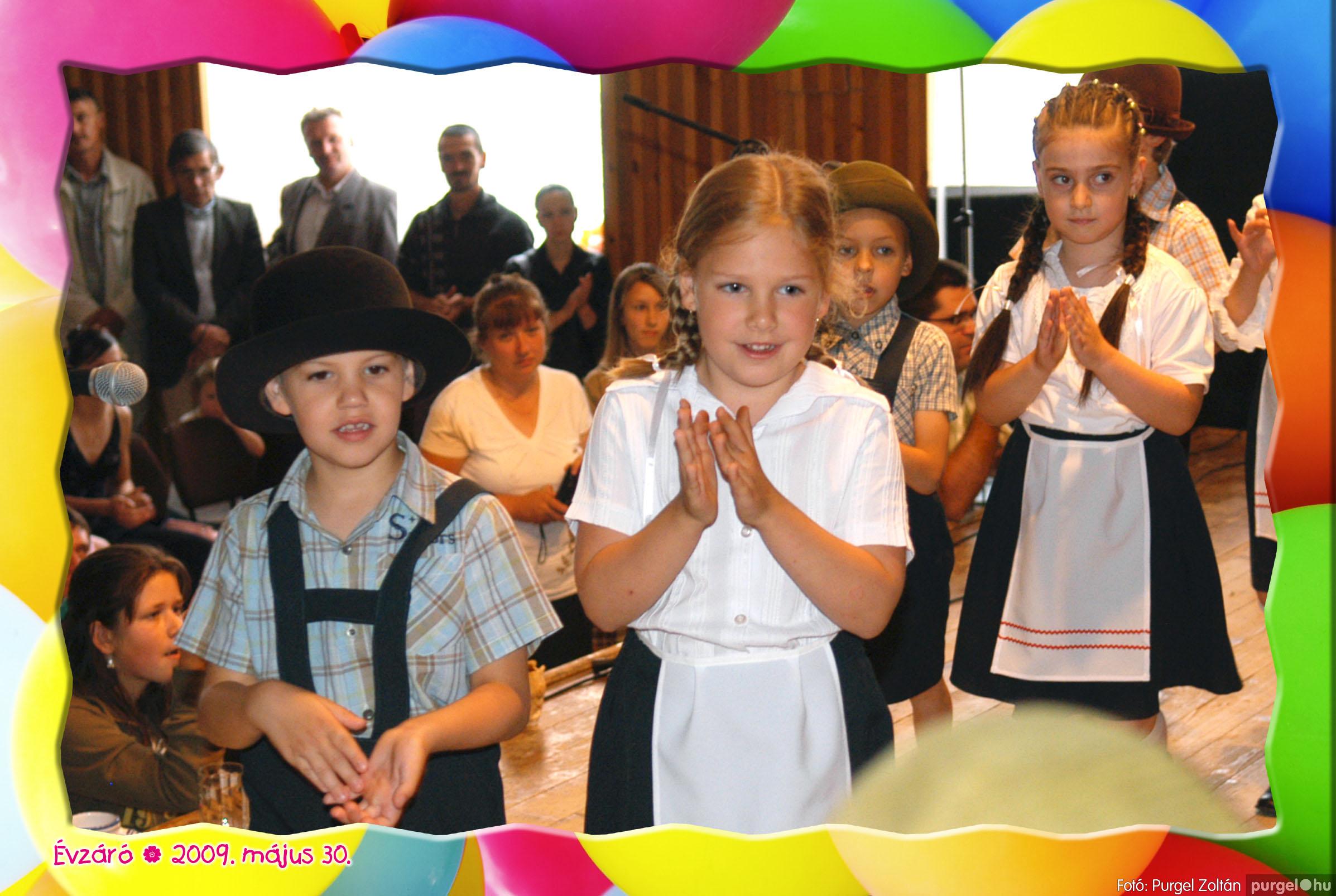2009.05.30. 124 Kurca-parti Óvoda évzáró 2009. - Eszterlánc csoport - Fotó:PURGEL ZOLTÁN© 156.jpg