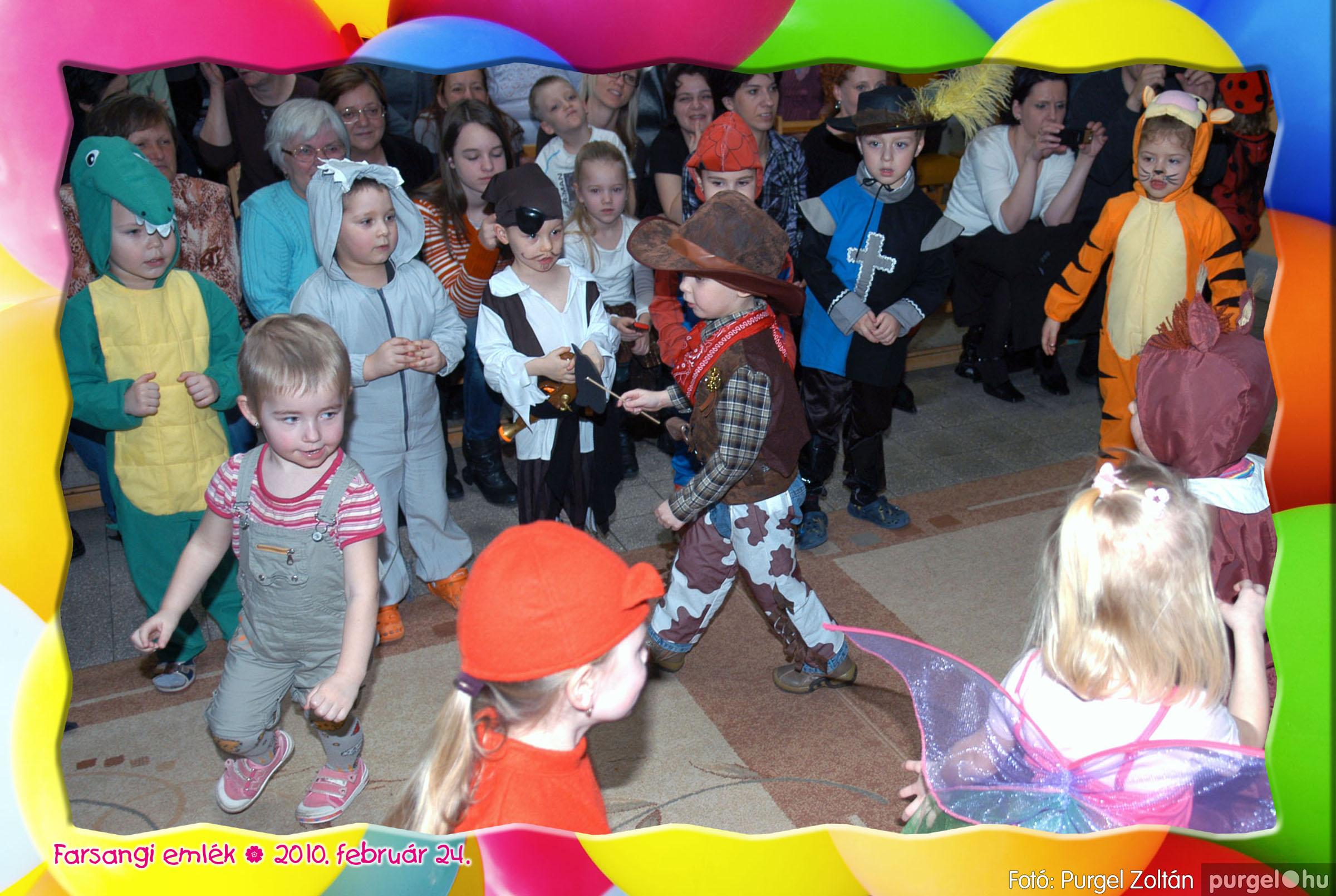 2010.02.24. 021 Kurca-parti Óvoda farsang 2010. - Eszterlánc csoport - Fotó:PURGEL ZOLTÁN© 121.jpg