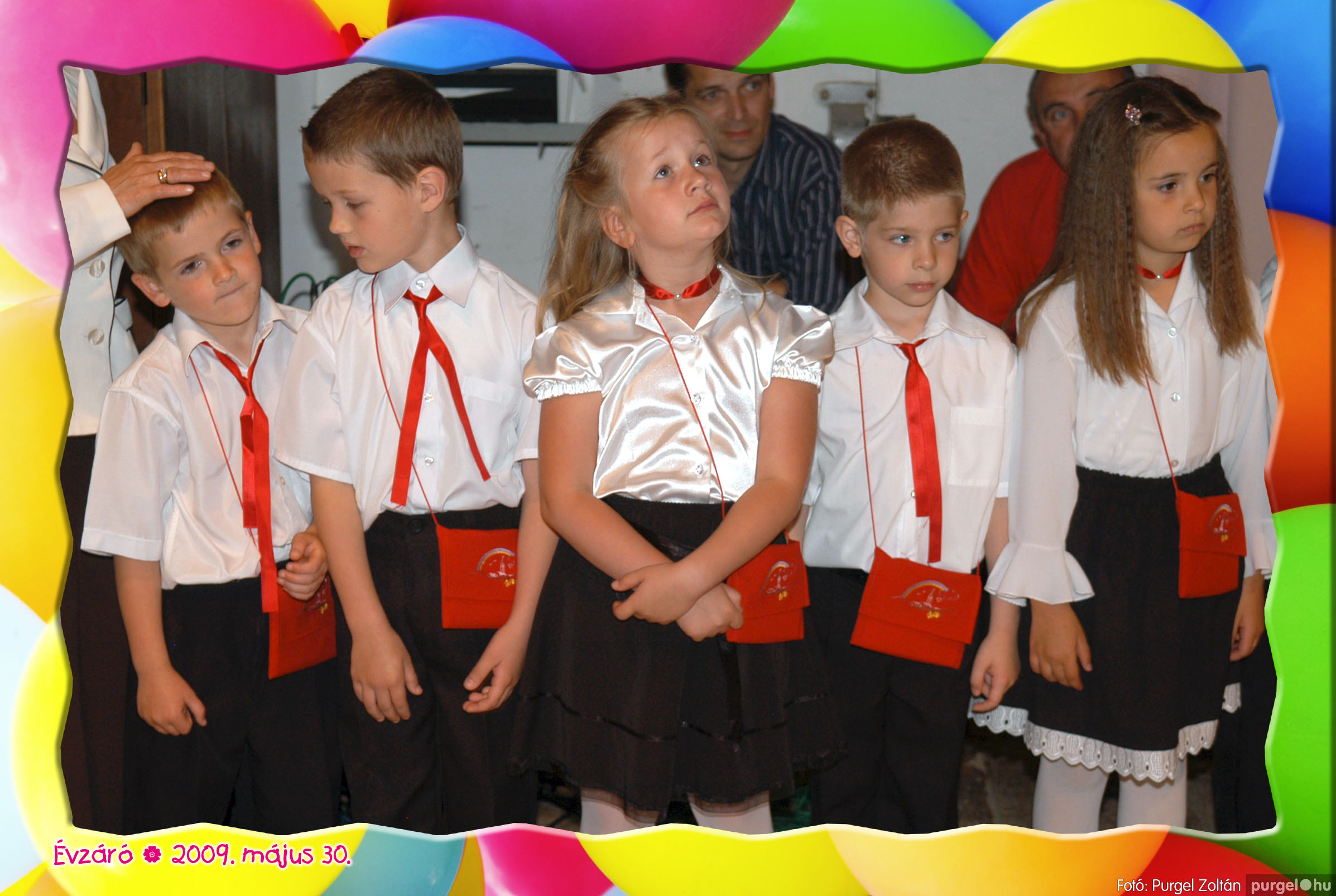 2009.05.30. 274 Kurca-parti Óvoda évzáró 2009. - Szivárvány csoport - Fotó:PURGEL ZOLTÁN© 679.jpg
