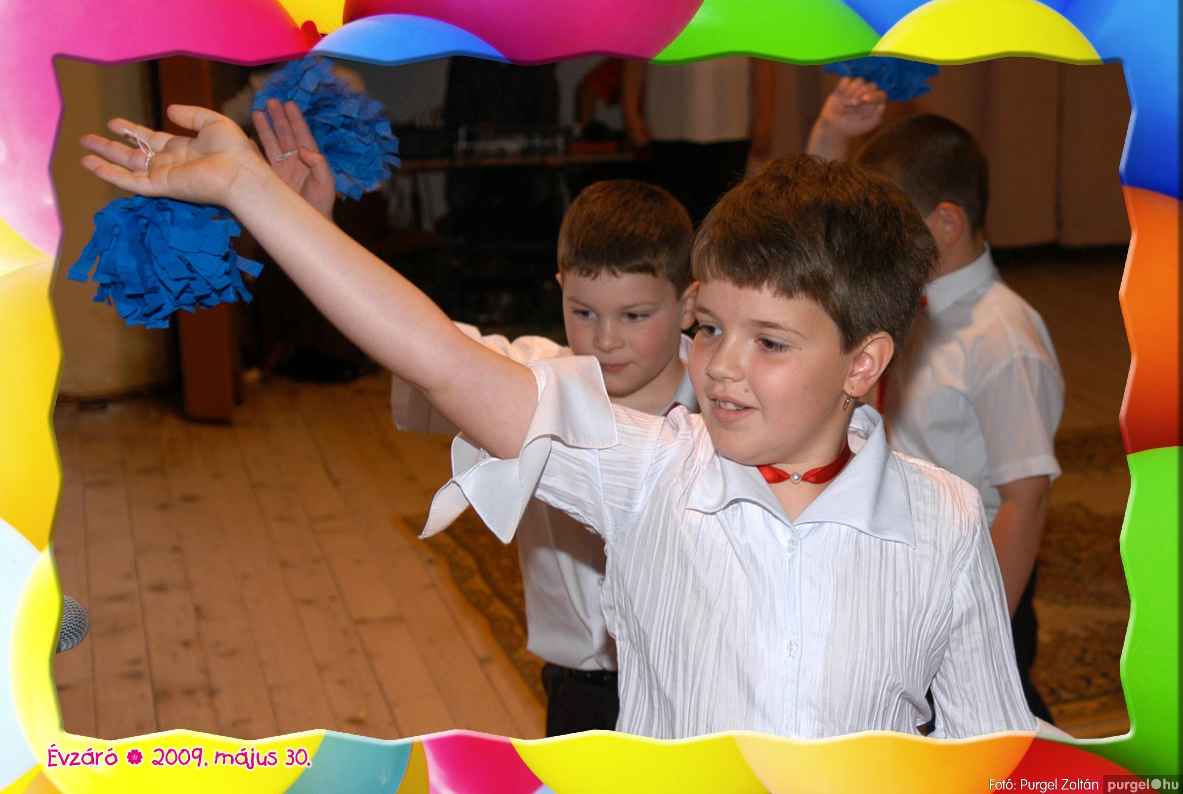 2009.05.30. 275 Kurca-parti Óvoda évzáró 2009. - Szivárvány csoport - Fotó:PURGEL ZOLTÁN© 680.jpg