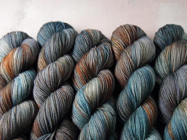 Favourite Sock – pure Merino 4 ply/fingering weight wool superwash hand dyed yarn 100g – Beachcombing