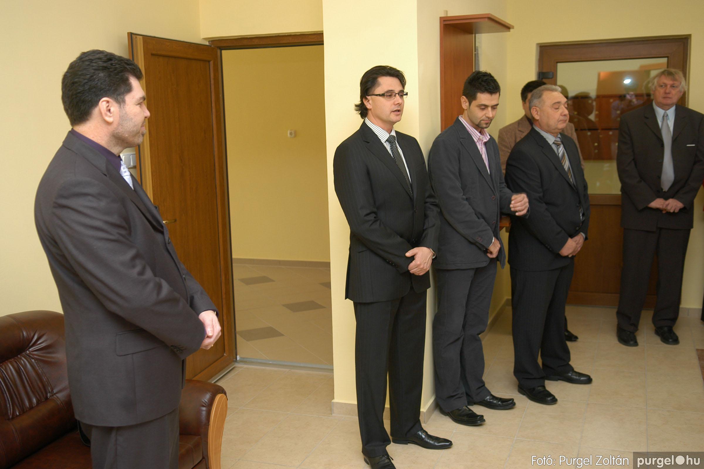 2010.01.28. 007 Szegvár és Vidéke Takarékszövetkezet kisteleki kirendeltség megnyitó - Fotó:P. Z.©.jpg