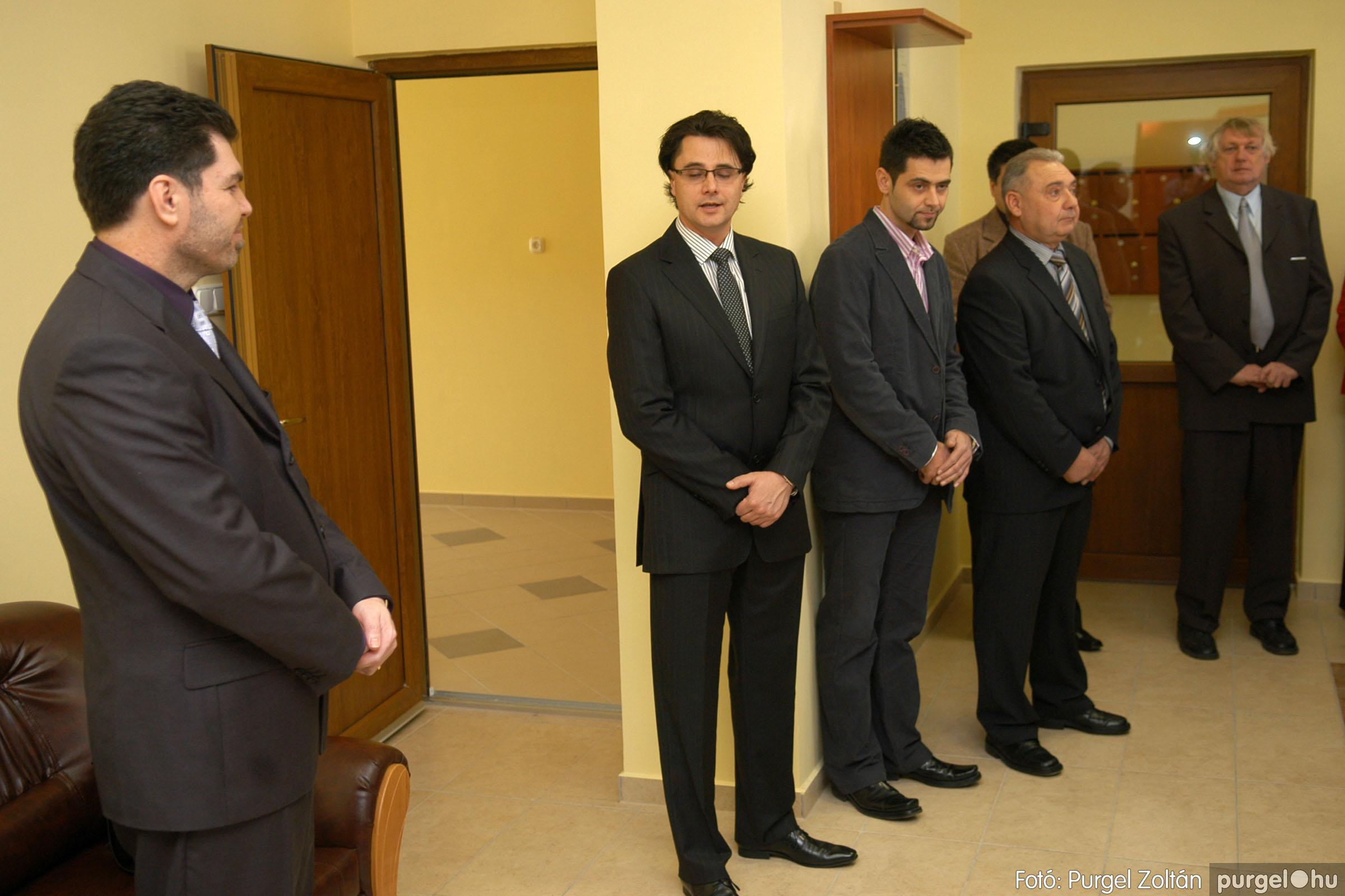 2010.01.28. 008 Szegvár és Vidéke Takarékszövetkezet kisteleki kirendeltség megnyitó - Fotó:P. Z.©.jpg