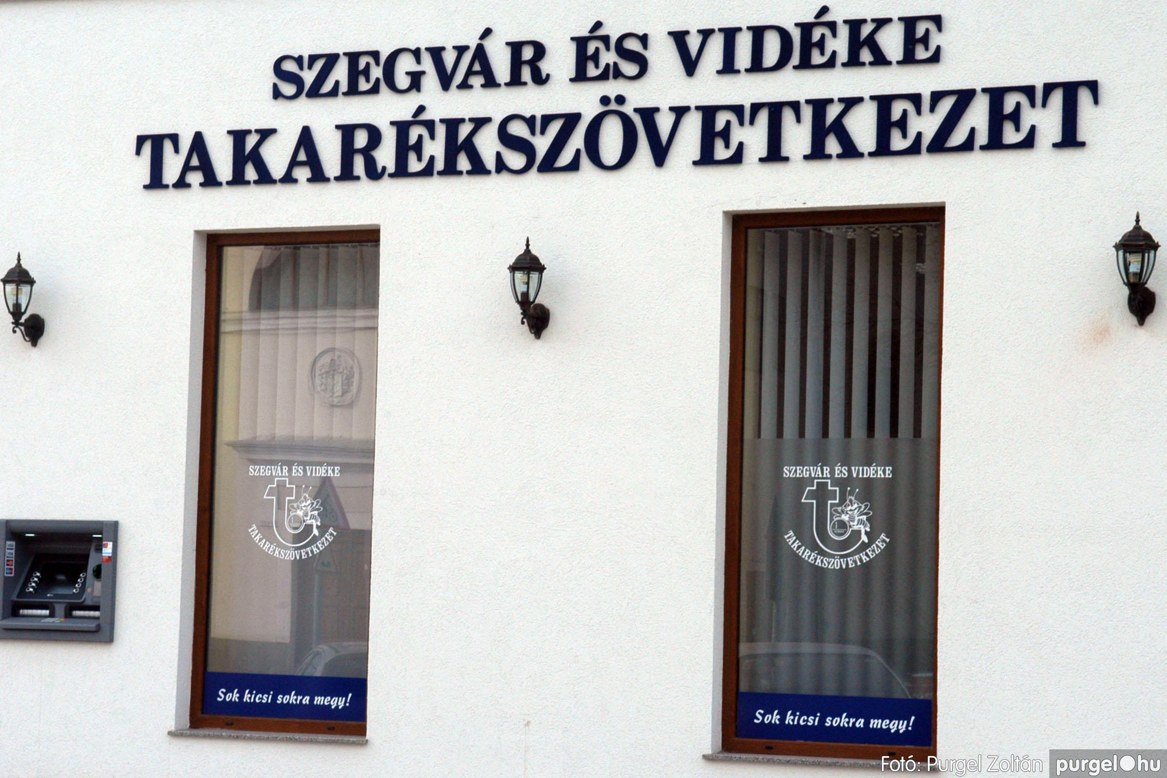 2010.01.28. 019 Szegvár és Vidéke Takarékszövetkezet kisteleki kirendeltség megnyitó - Fotó:P. Z.©.jpg
