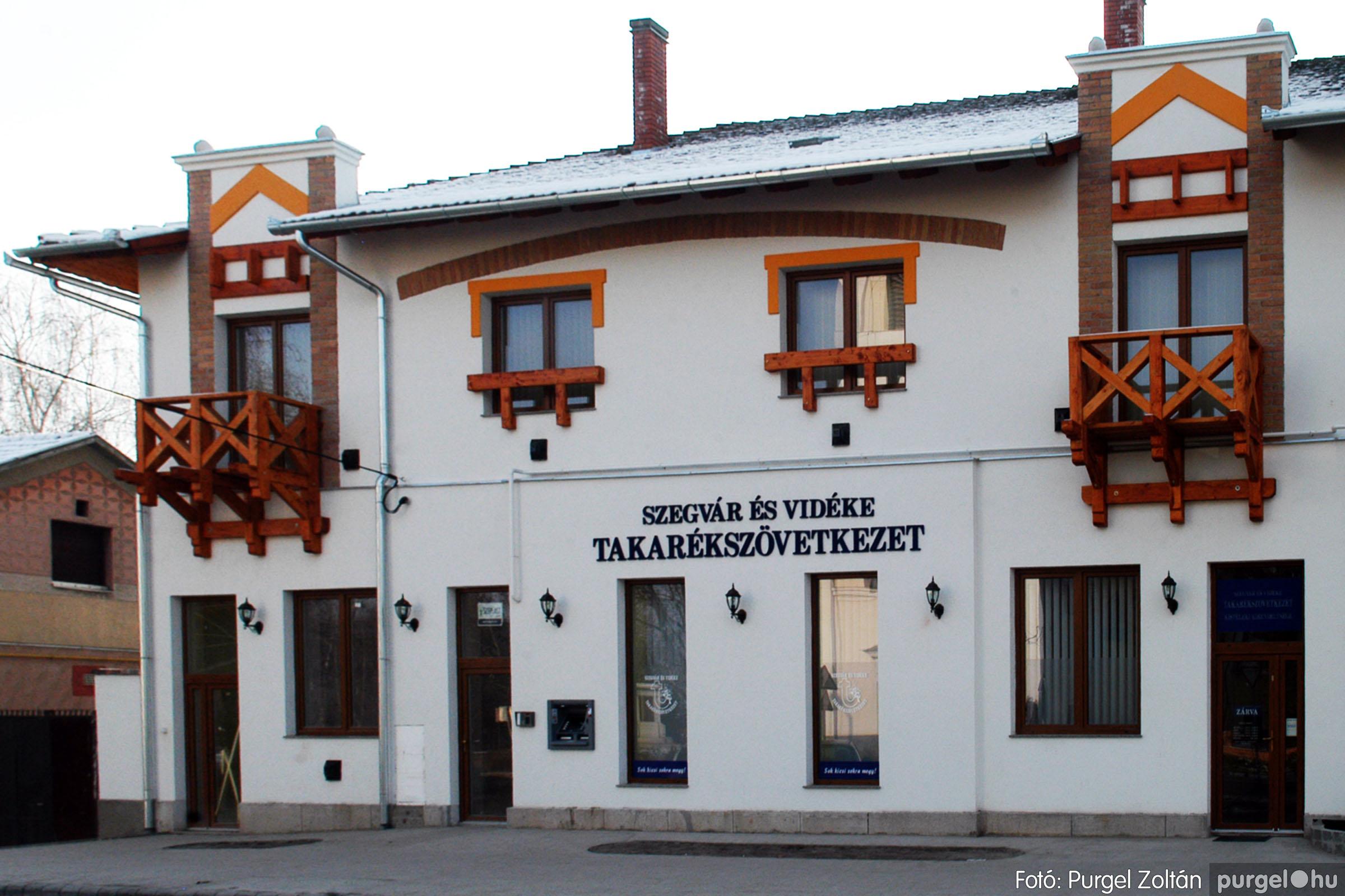 2010.01.28. 020 Szegvár és Vidéke Takarékszövetkezet kisteleki kirendeltség megnyitó - Fotó:P. Z.©.jpg