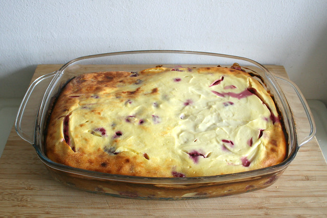 19 - Curd casserole with raspberries - Finished baking / Quark-Auflauf mit Himbeeren - Fertig gebacken