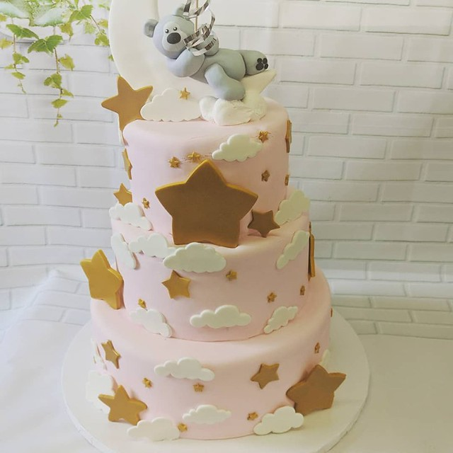 Baby Shower Cake by Supreme Bakery