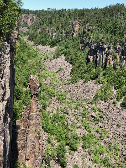 Ouimet Canyon - The Indian Head rock