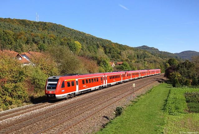 612 486 + 612 490 + 612 062 mit RE3518 - 3558 von Neustadt(Waldnaab) / Regensburg Hbf nach Nürnberg Hbf bei Hersbruck rechts der Pegnitz am 9.10.14