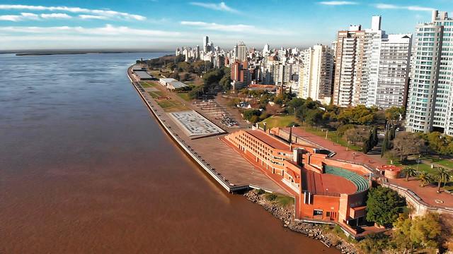 Rosario, desde Parque España al Monumento a la Bandera - 03 - Parque España y Costanera Centro