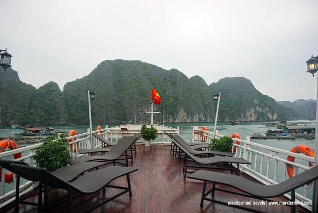 Cruise at Halong Bay