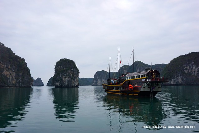 Halong Bay Sunlight Cruise Experience