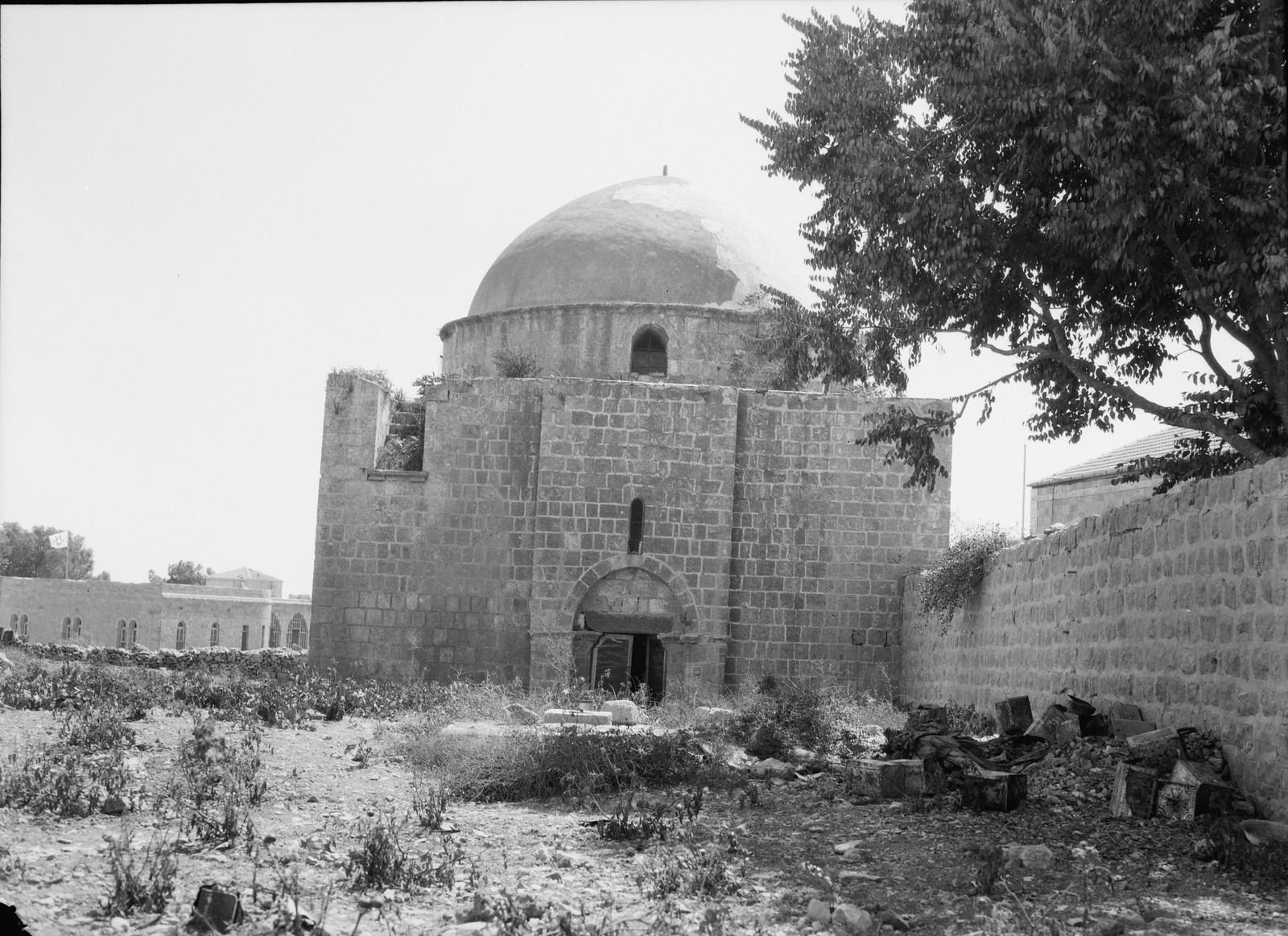 26. 23–31 августа.  Мечеть «Авкаши» возле еврейского квартала Иерусалима была осквернена евреями в рамках возмездия за Хевронскую резню