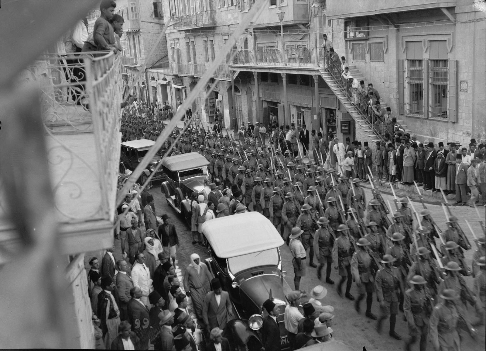 25. 23–31 августа. Демонстрация  военной силы в Иерусалиме. Войска в полном вооружении маршируют по улицам