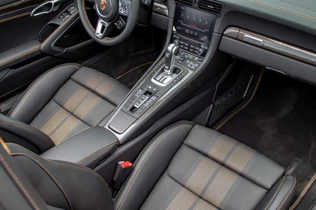 aad4450b-porsche-911-turbo-s-cabriolet-exclusive-series-11