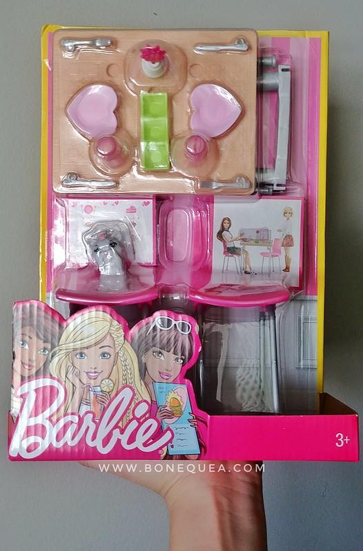 Actualiza tus muebles de Barbie.