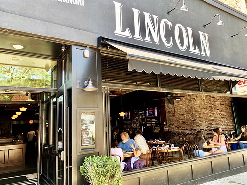 Lincoln Tavern & Restaurant Brunch