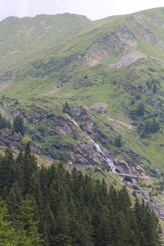 Romania Transfagarasan-3-2.jpg