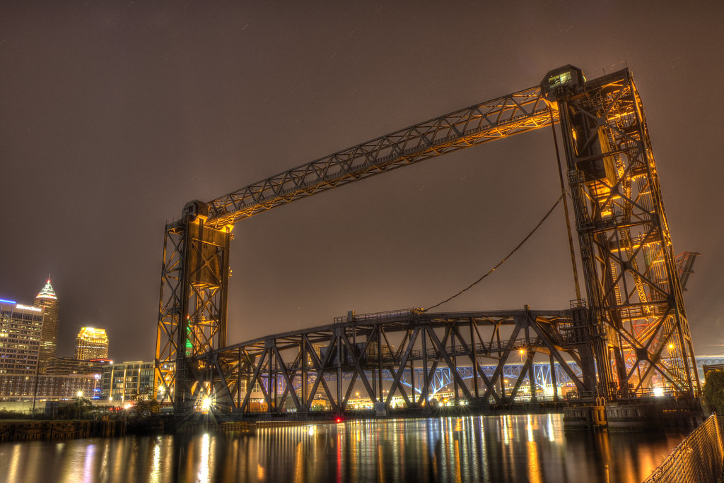 Vertical-Lift Train Bridge