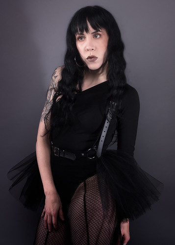 apatico-tutu-harness-tulle-skirt-belt-black-vegan-leather-pvc-ballerina-gothic-doll-see-through-fashion-1