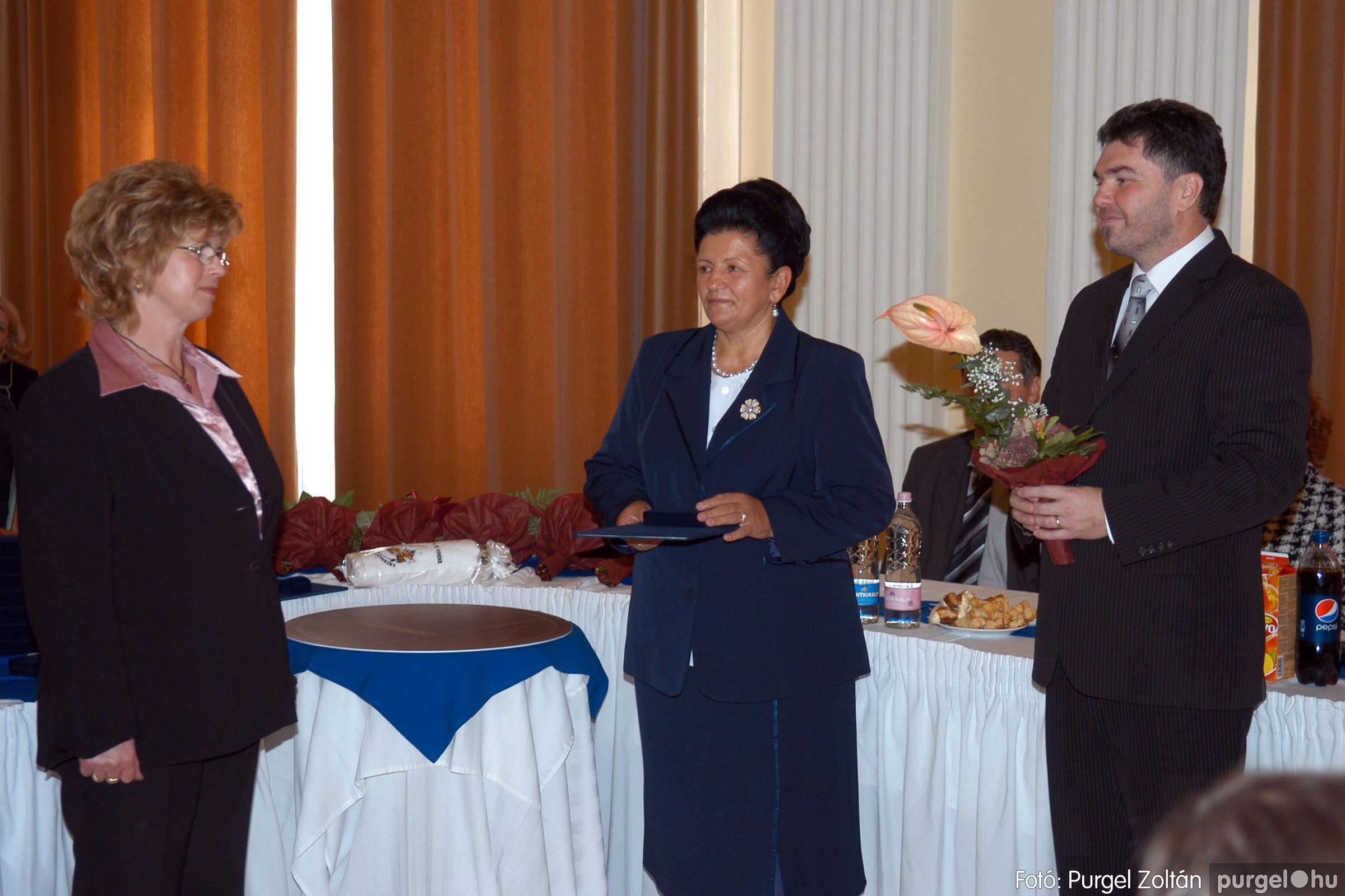 2010.10.28. 049 Szegvár és Vidéke Takarékszövetkezet takarékossági világnap rendezvény - Fotó:P. Z..jpg