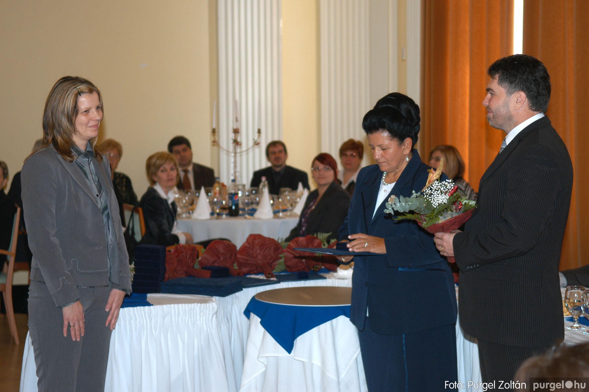 2010.10.28. 050 Szegvár és Vidéke Takarékszövetkezet takarékossági világnap rendezvény - Fotó:P. Z..jpg