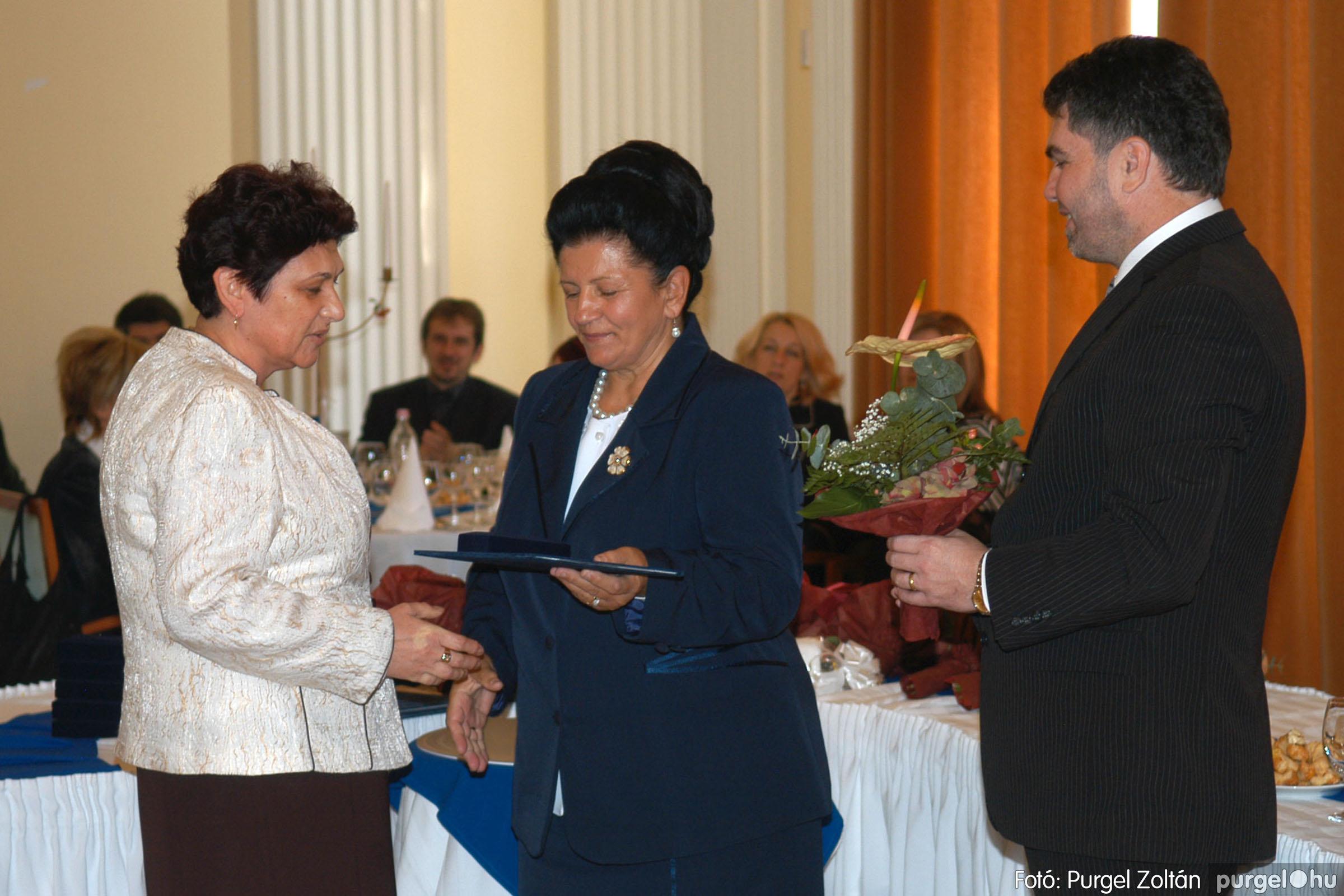 2010.10.28. 060 Szegvár és Vidéke Takarékszövetkezet takarékossági világnap rendezvény - Fotó:P. Z..jpg
