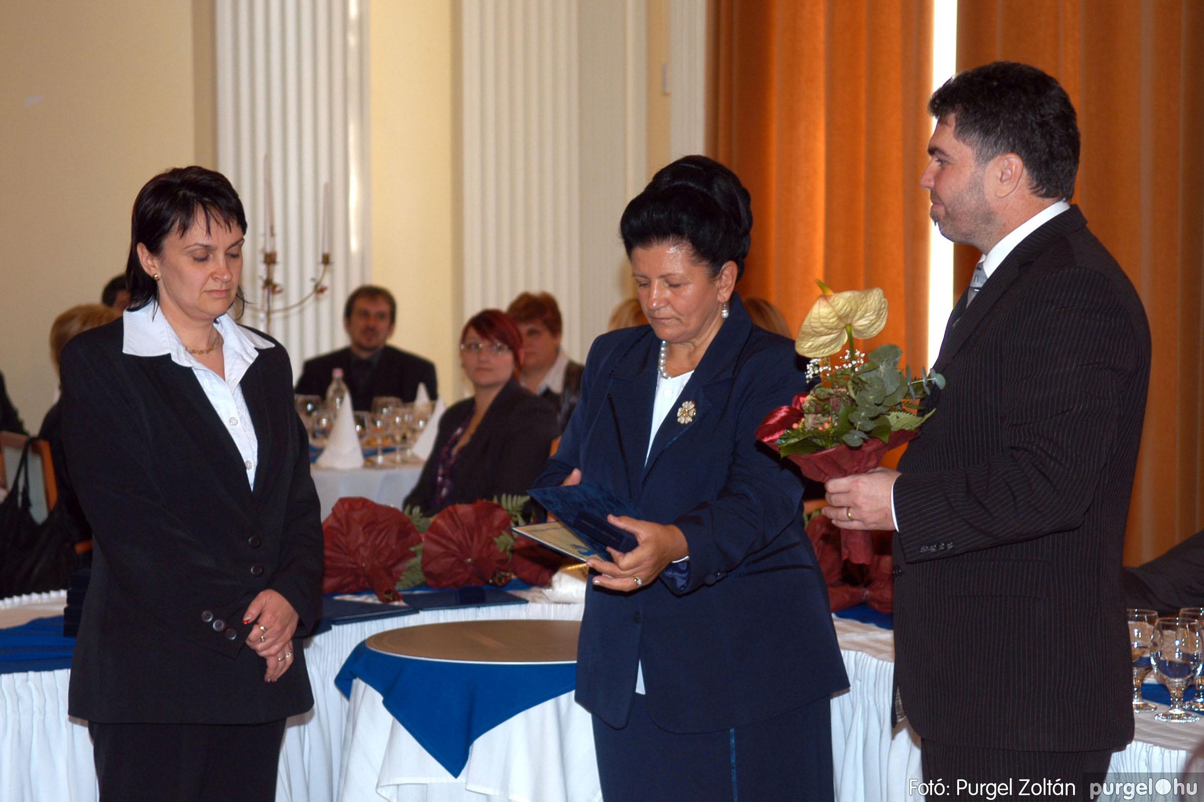 2010.10.28. 063 Szegvár és Vidéke Takarékszövetkezet takarékossági világnap rendezvény - Fotó:P. Z..jpg