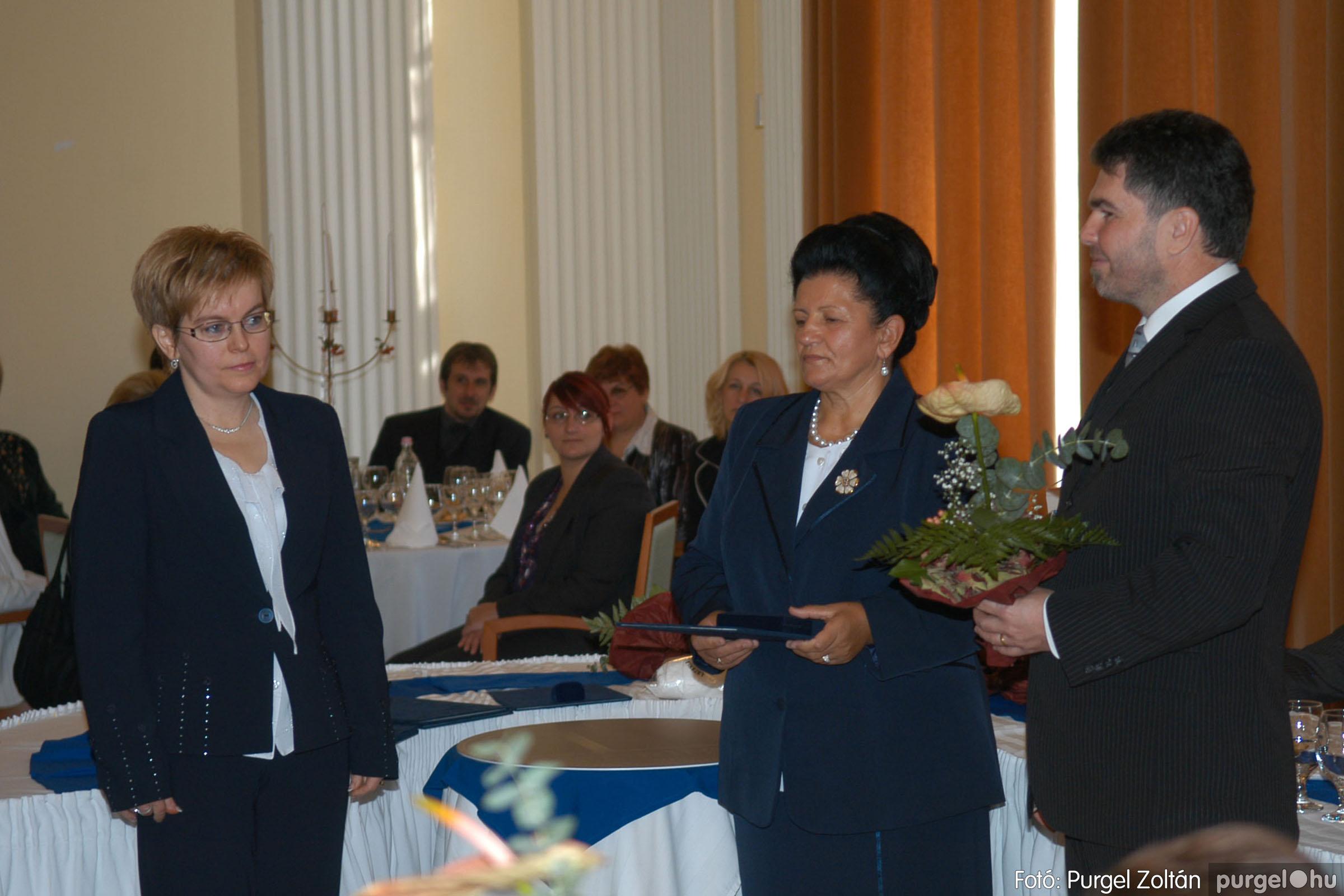 2010.10.28. 073 Szegvár és Vidéke Takarékszövetkezet takarékossági világnap rendezvény - Fotó:P. Z..jpg