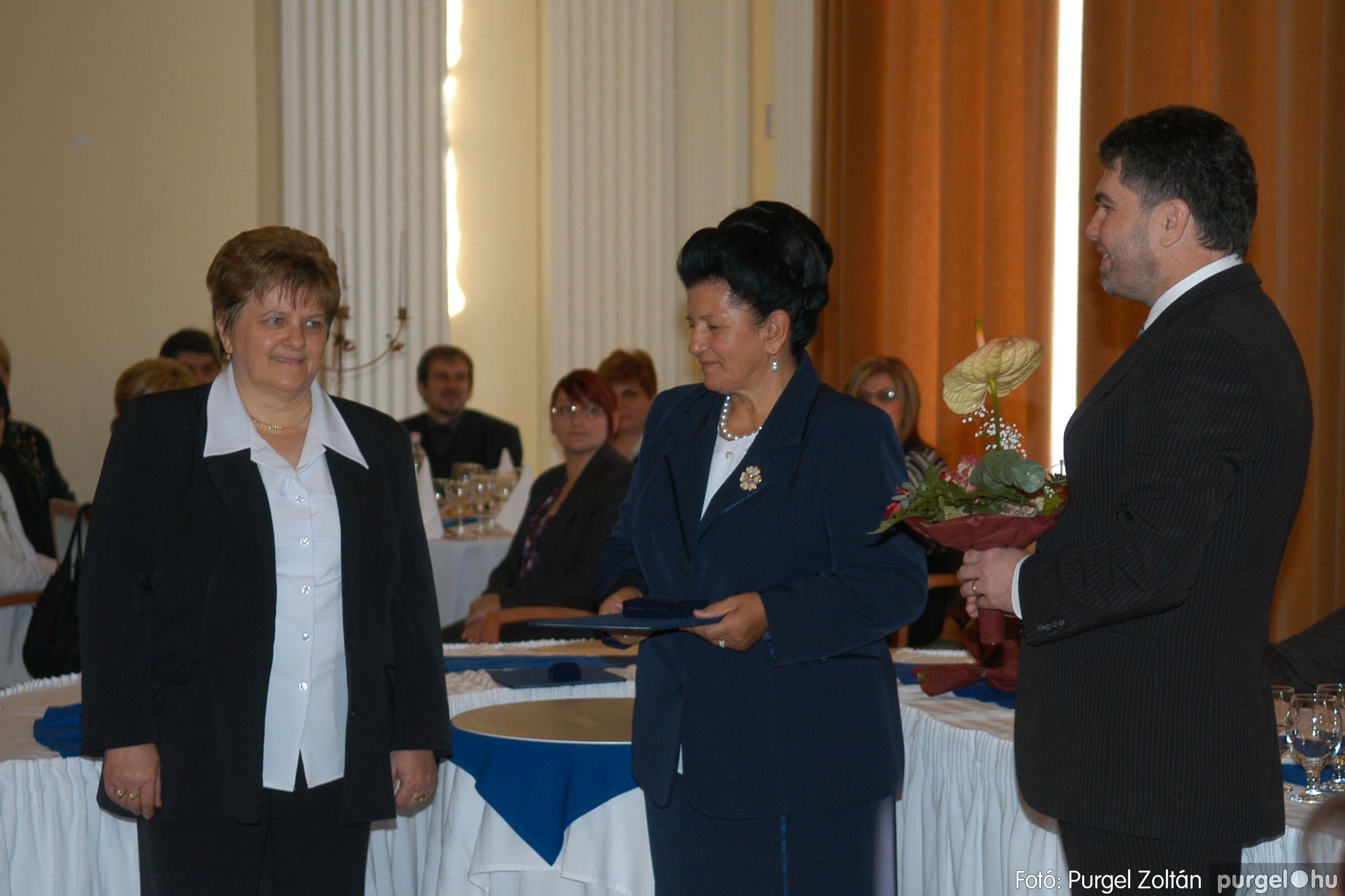 2010.10.28. 090 Szegvár és Vidéke Takarékszövetkezet takarékossági világnap rendezvény - Fotó:P. Z..jpg