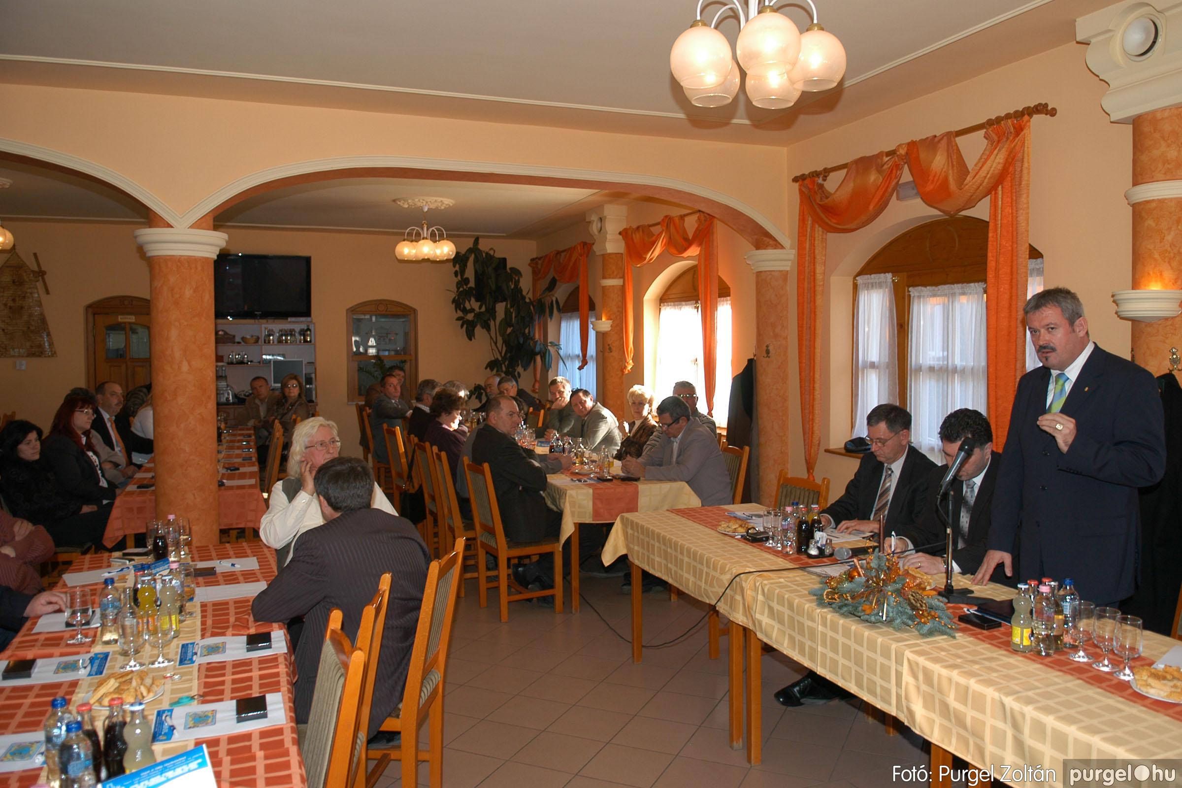 2010.12.10. 013 Szegvár és Vidéke Takarékszövetkezet évzáró - Fotó:PURGEL ZOLTÁN© DSC_0313q.jpg