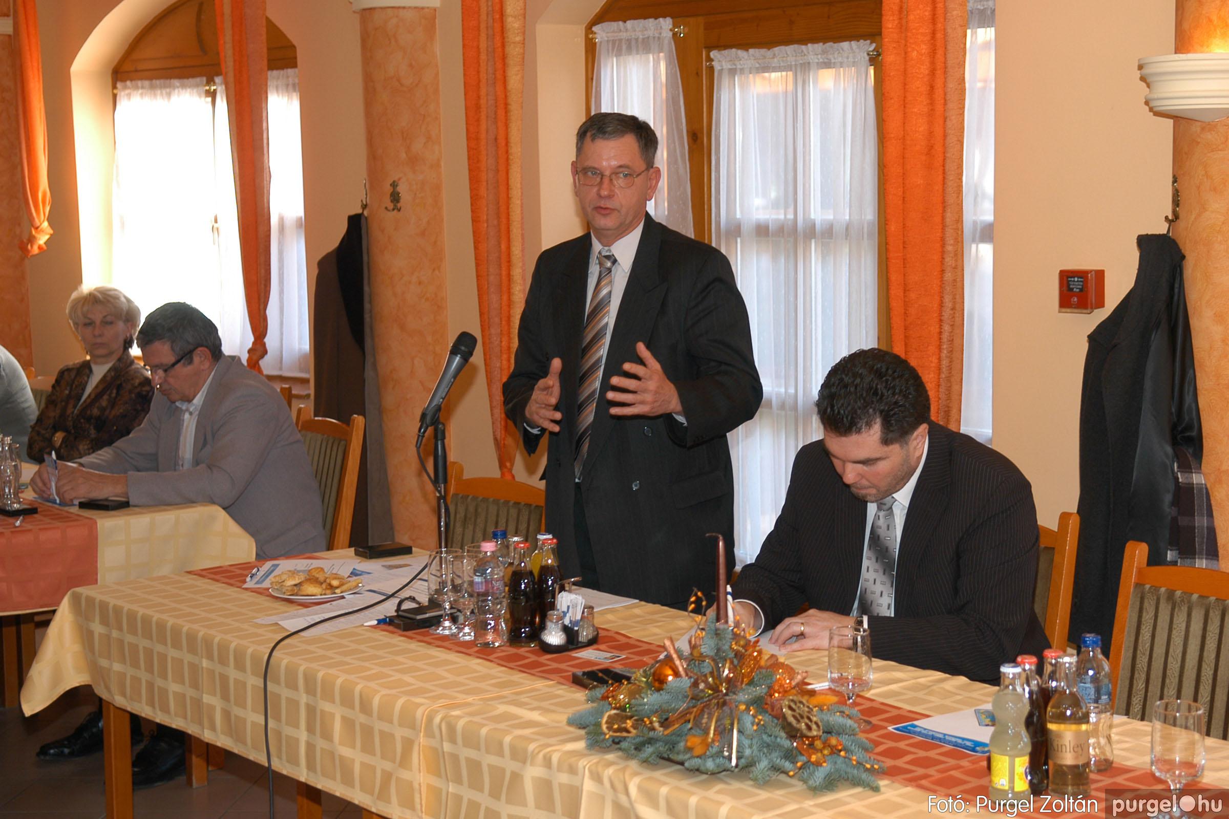 2010.12.10. 023 Szegvár és Vidéke Takarékszövetkezet évzáró - Fotó:PURGEL ZOLTÁN© DSC_0325q.jpg