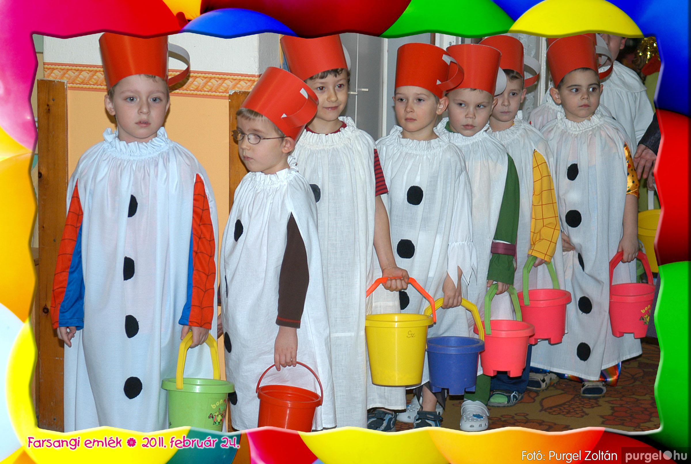 2011.02.24. 073 Kurca-parti Óvoda farsang 2011. - Eszterlánc csoport - Fotó:PURGEL ZOLTÁN© 101.jpg
