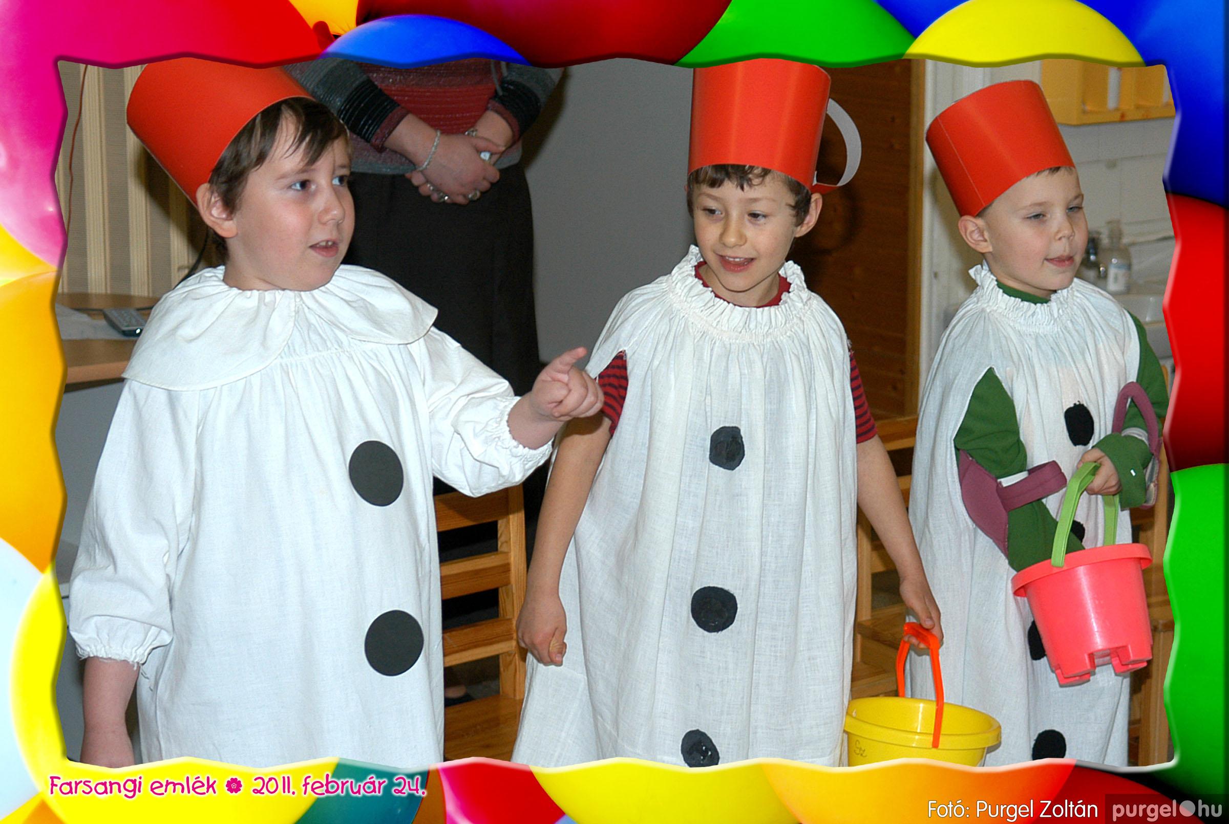 2011.02.24. 080 Kurca-parti Óvoda farsang 2011. - Eszterlánc csoport - Fotó:PURGEL ZOLTÁN© 108.jpg