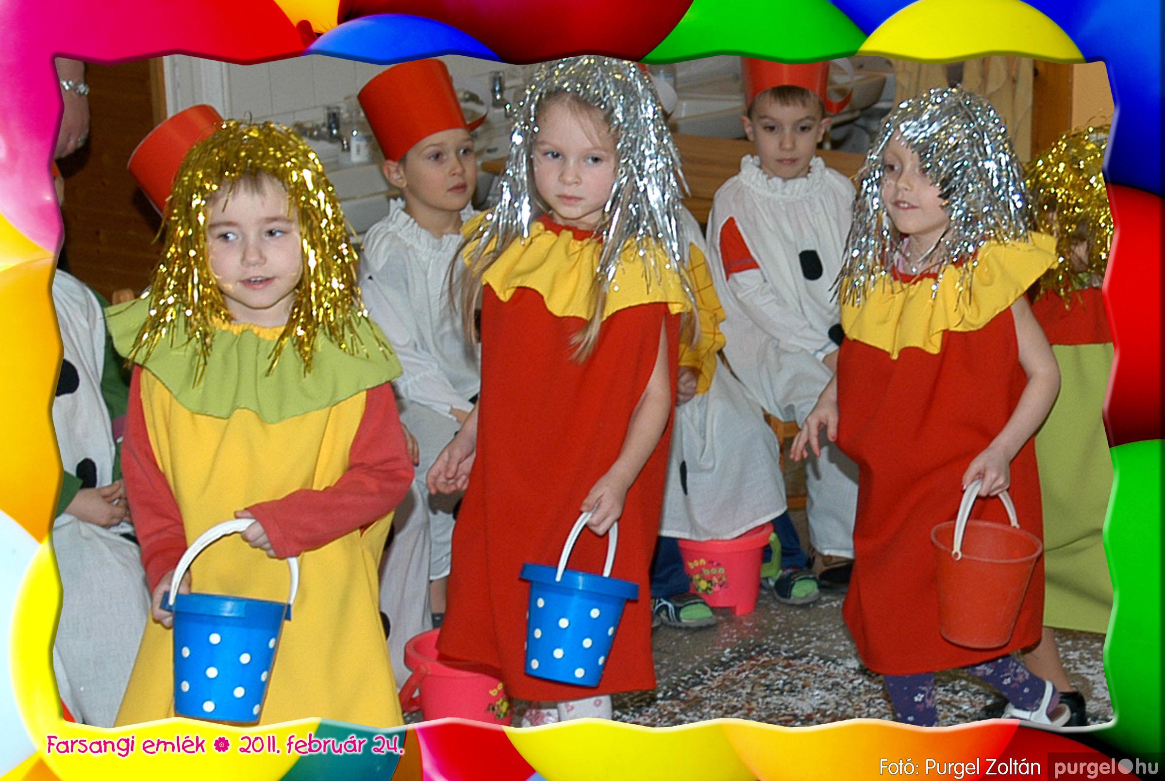 2011.02.24. 084 Kurca-parti Óvoda farsang 2011. - Eszterlánc csoport - Fotó:PURGEL ZOLTÁN© 112.jpg
