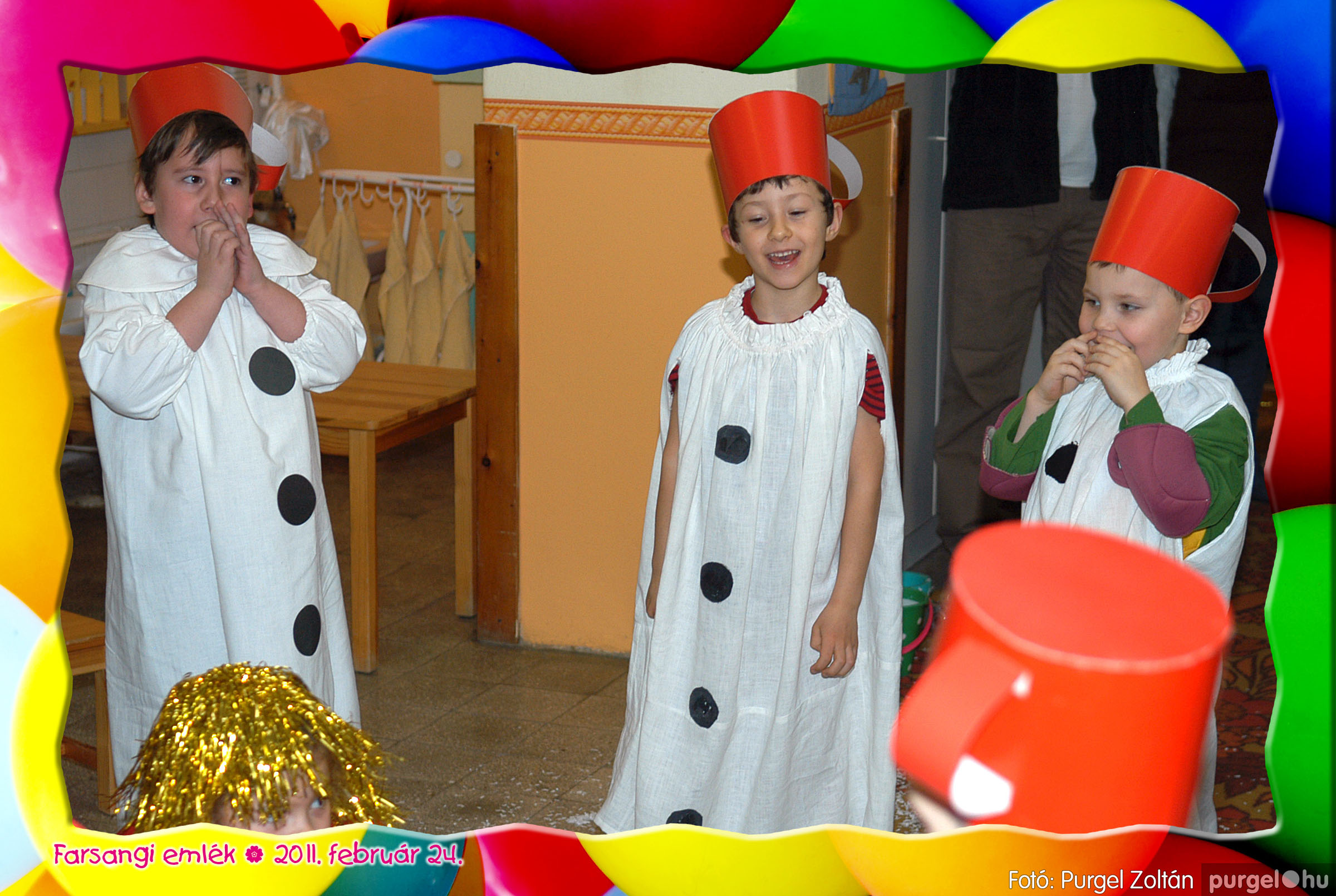 2011.02.24. 090 Kurca-parti Óvoda farsang 2011. - Eszterlánc csoport - Fotó:PURGEL ZOLTÁN© 118.jpg