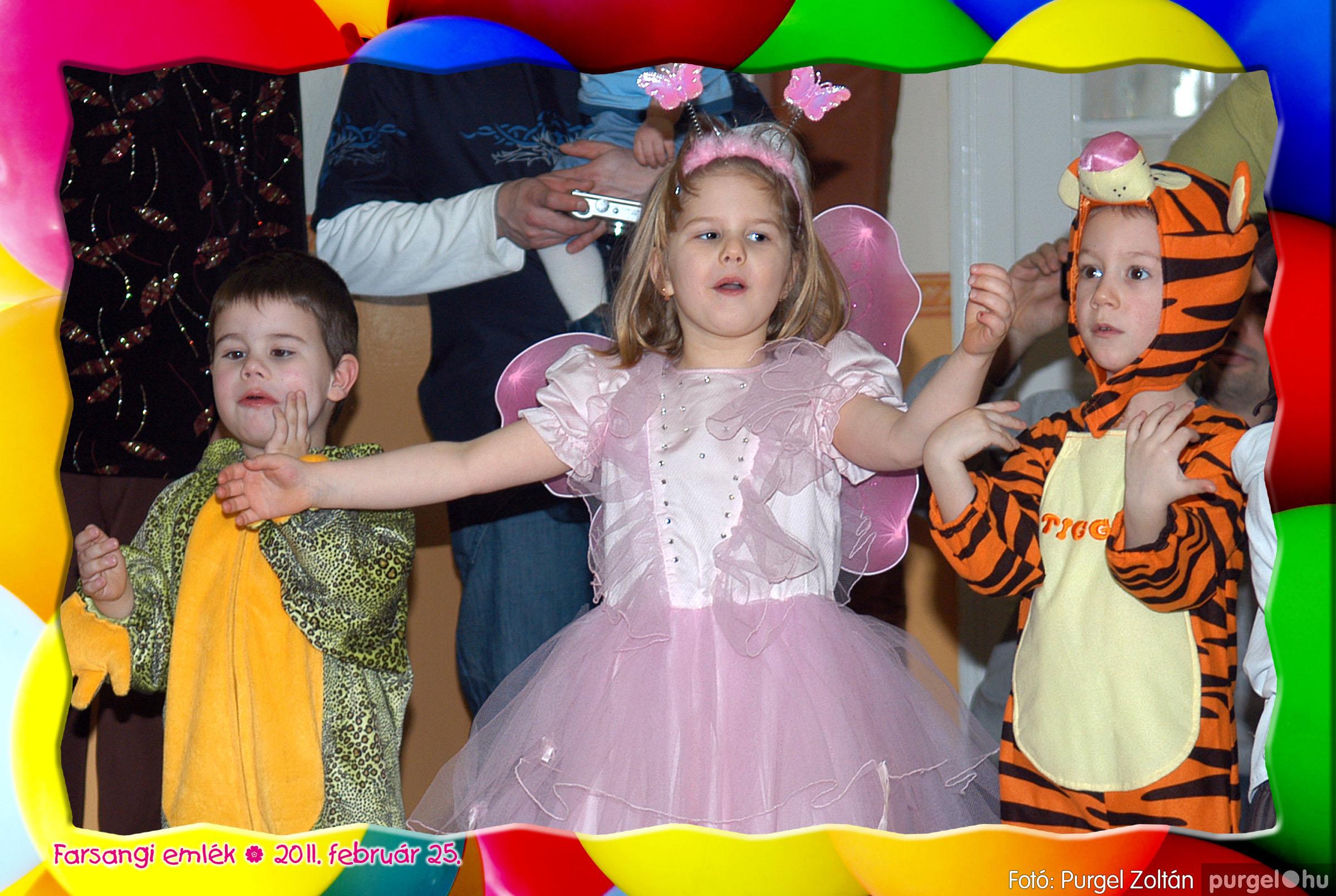 2011.02.25. 197 Kurca-parti Óvoda farsang 2011. - Nyitnikék csoport - Fotó:PURGEL ZOLTÁN© 519.jpg