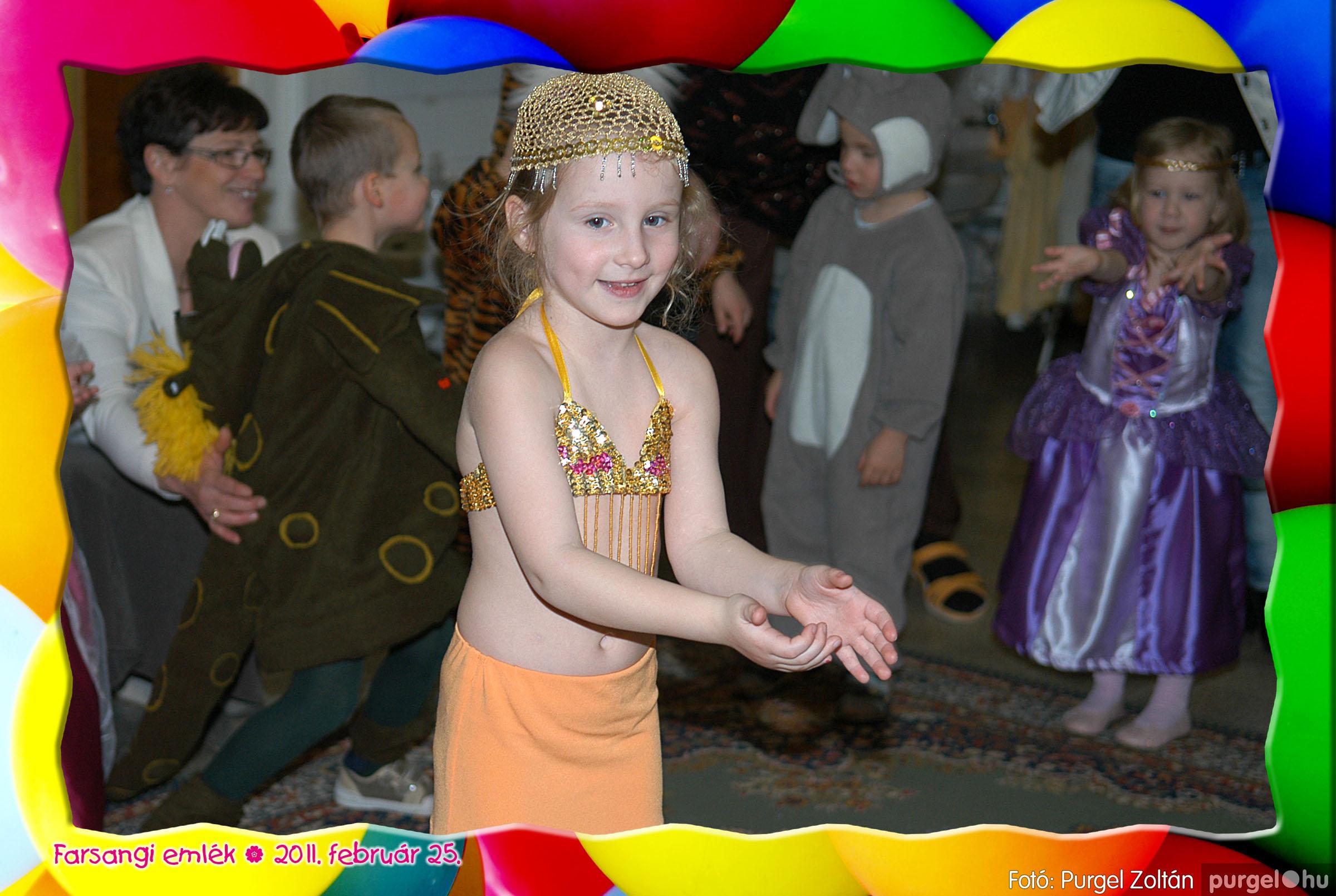 2011.02.25. 206 Kurca-parti Óvoda farsang 2011. - Nyitnikék csoport - Fotó:PURGEL ZOLTÁN© 528.jpg