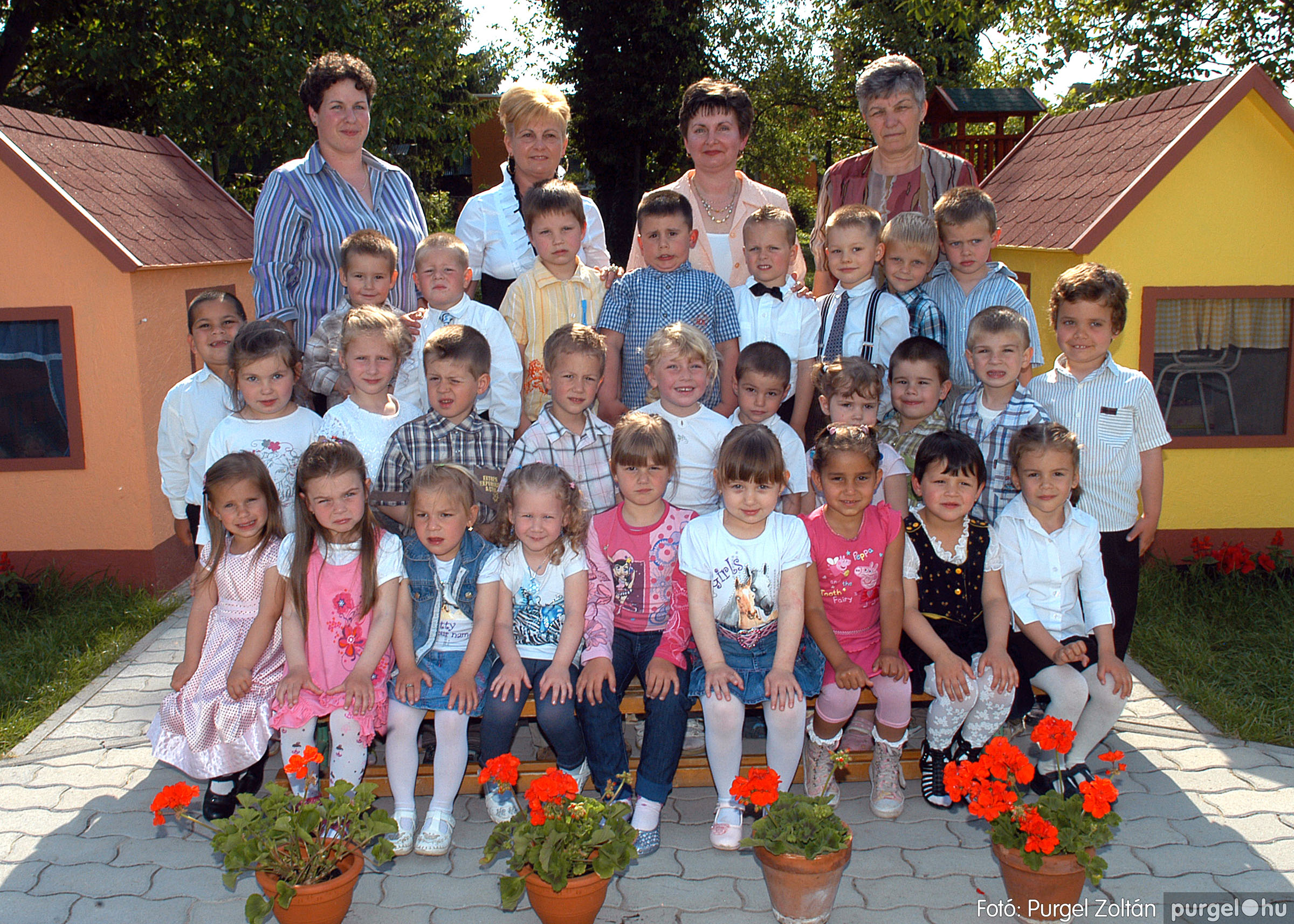 2010.05.18-28. 022 Kurca-parti Óvoda csoportképek 2011. - Fotó:PURGEL ZOLTÁN© 554-NyitnikékKiscsoport.jpg