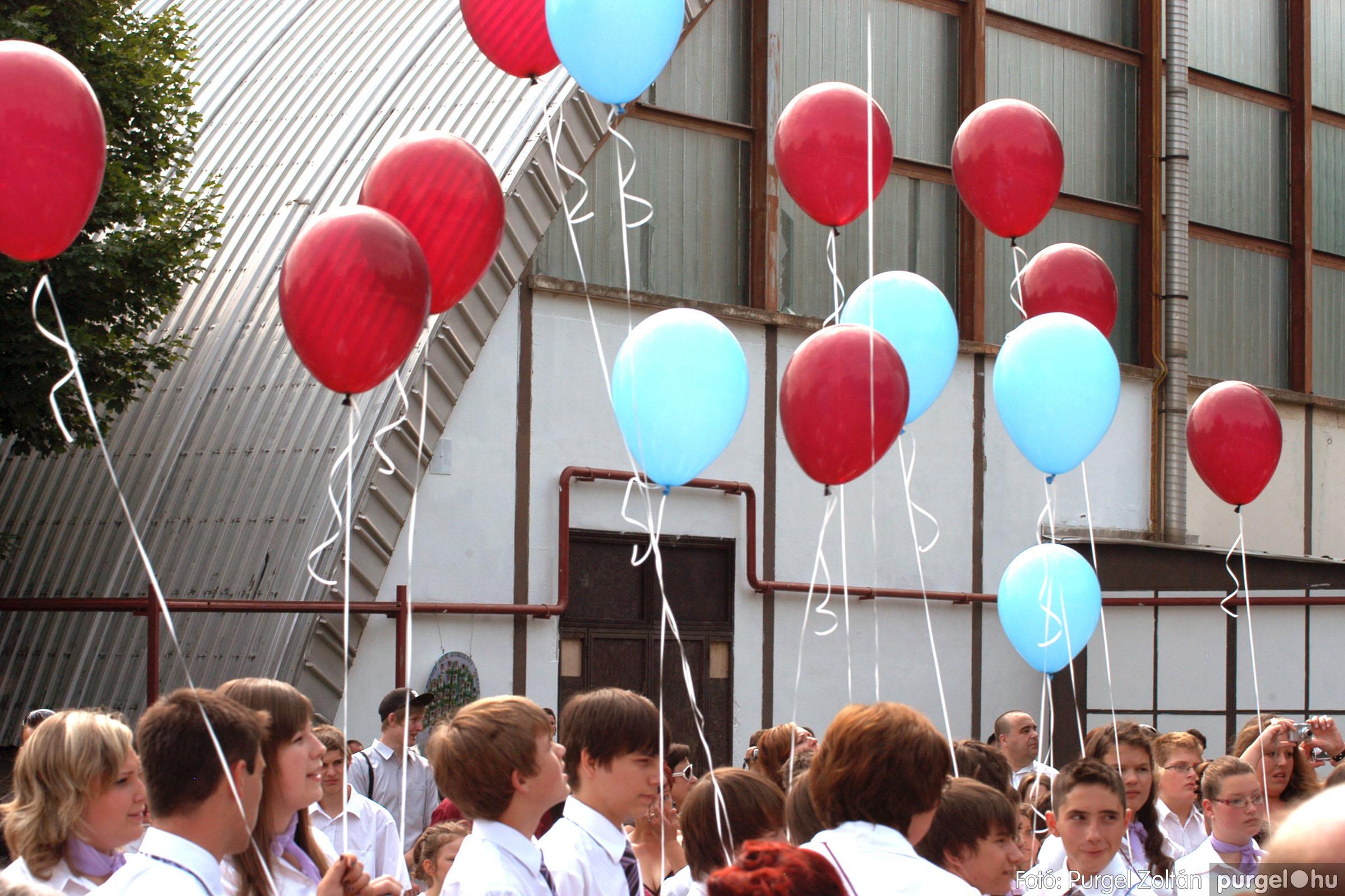 2011.06.18. 371 Forray Máté Általános Iskola ballagás 2011. - Fotó:PURGEL ZOLTÁN© DSC_0602q.jpg