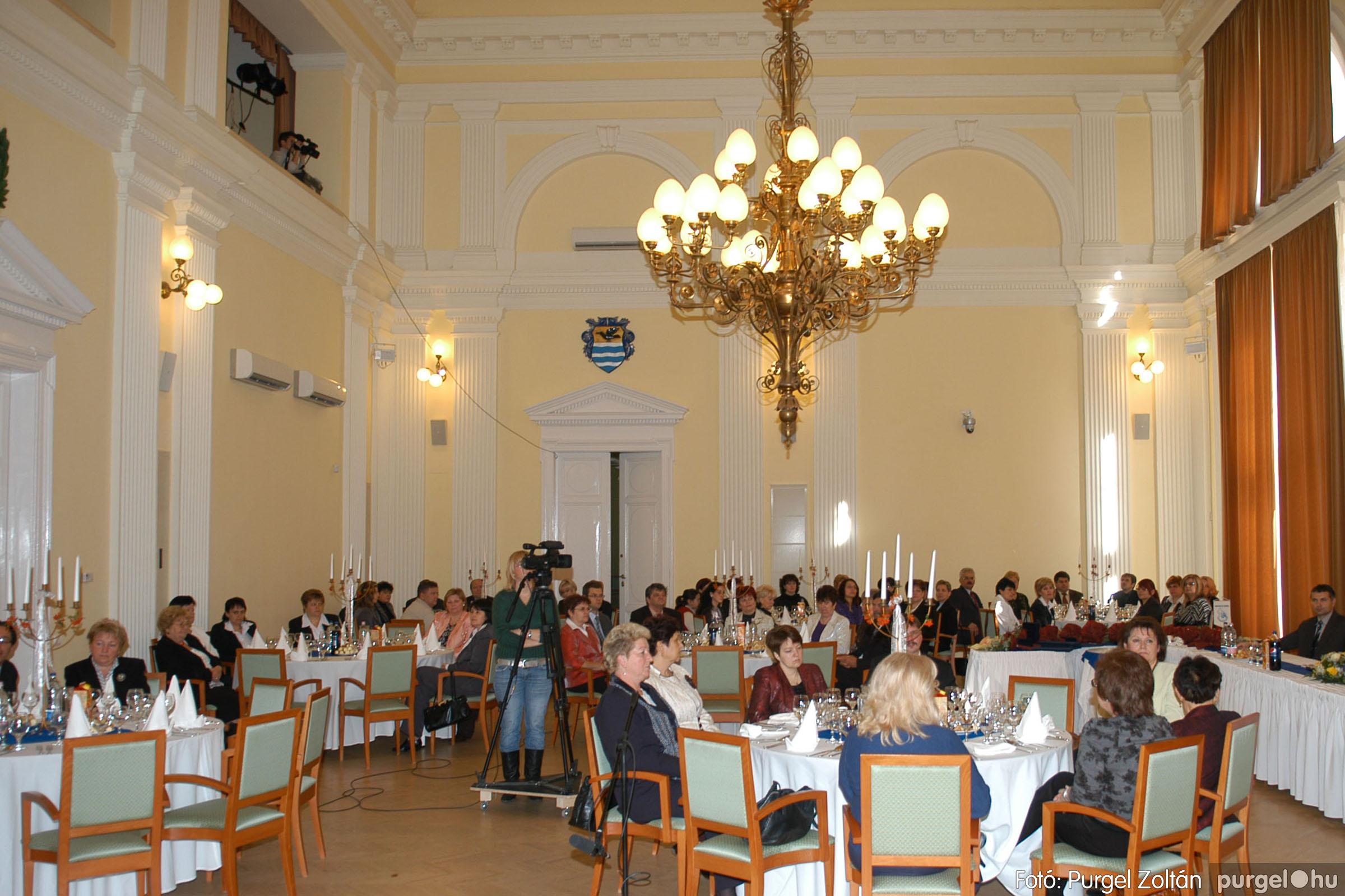 2010.10.28. 028 Szegvár és Vidéke Takarékszövetkezet takarékossági világnap rendezvény - Fotó:P. Z..jpg