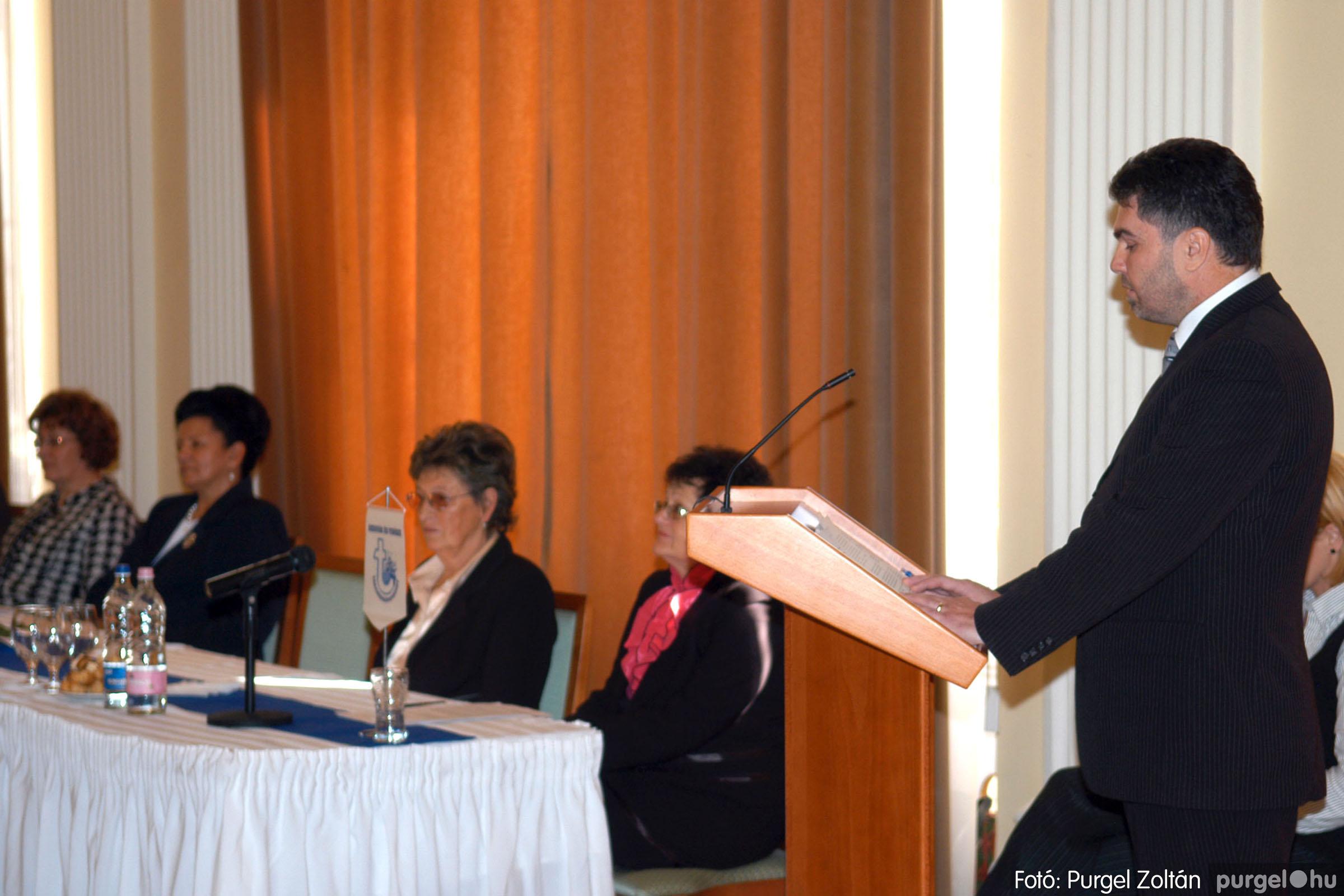 2010.10.28. 030 Szegvár és Vidéke Takarékszövetkezet takarékossági világnap rendezvény - Fotó:P. Z..jpg