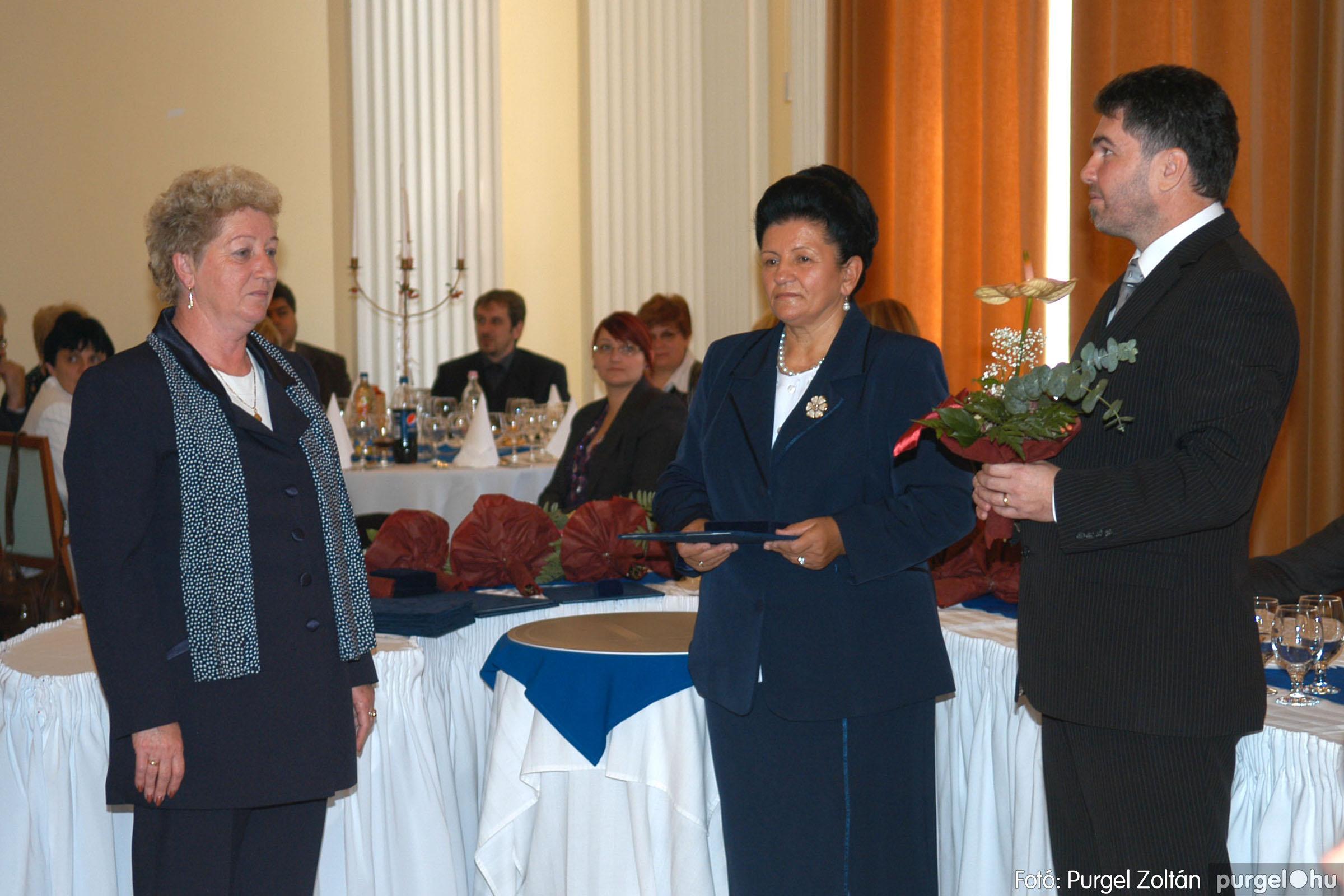 2010.10.28. 056 Szegvár és Vidéke Takarékszövetkezet takarékossági világnap rendezvény - Fotó:P. Z..jpg