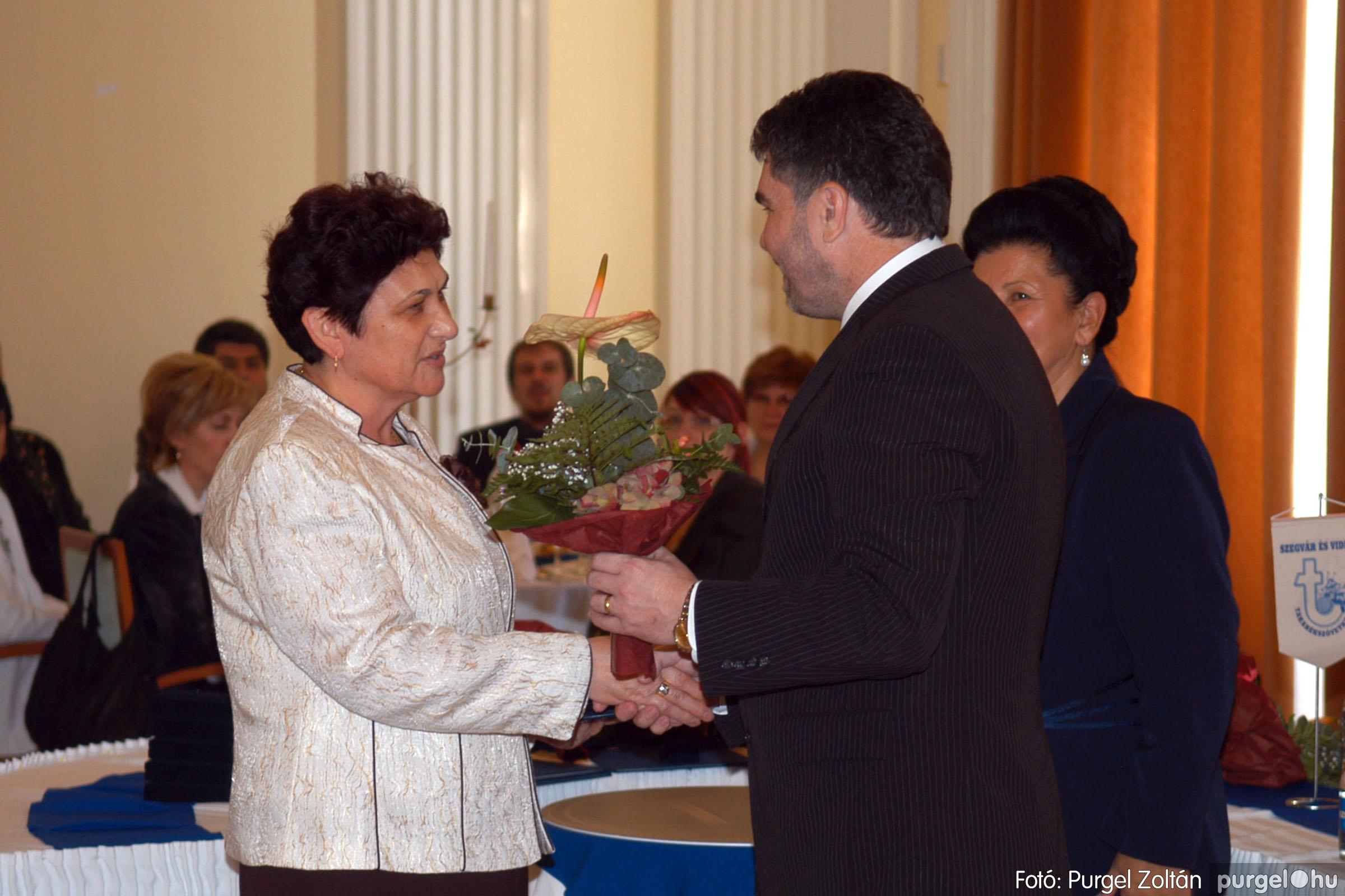 2010.10.28. 061 Szegvár és Vidéke Takarékszövetkezet takarékossági világnap rendezvény - Fotó:P. Z..jpg